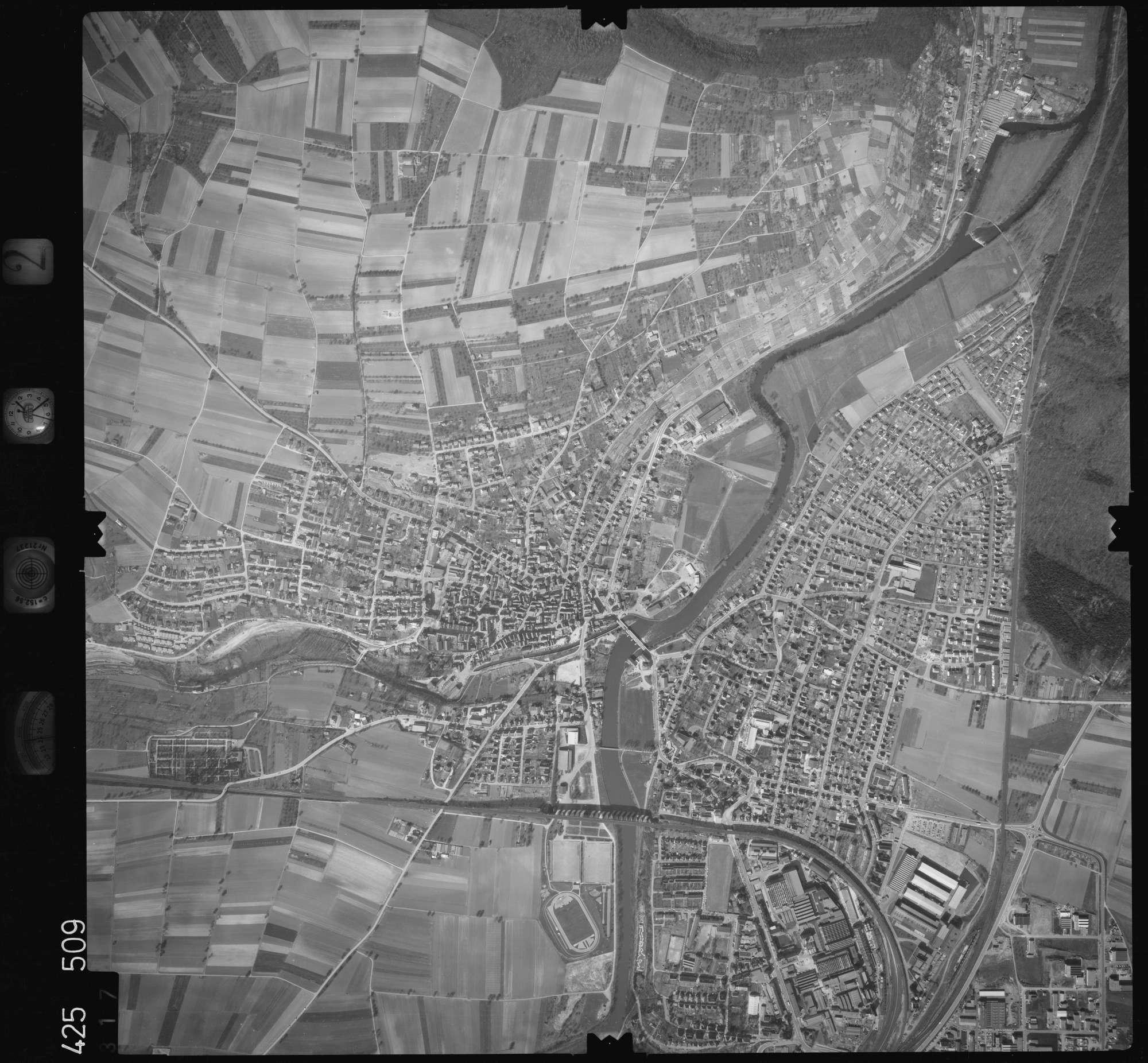 Luftbild: Film 2 Bildnr. 317, Bild 1