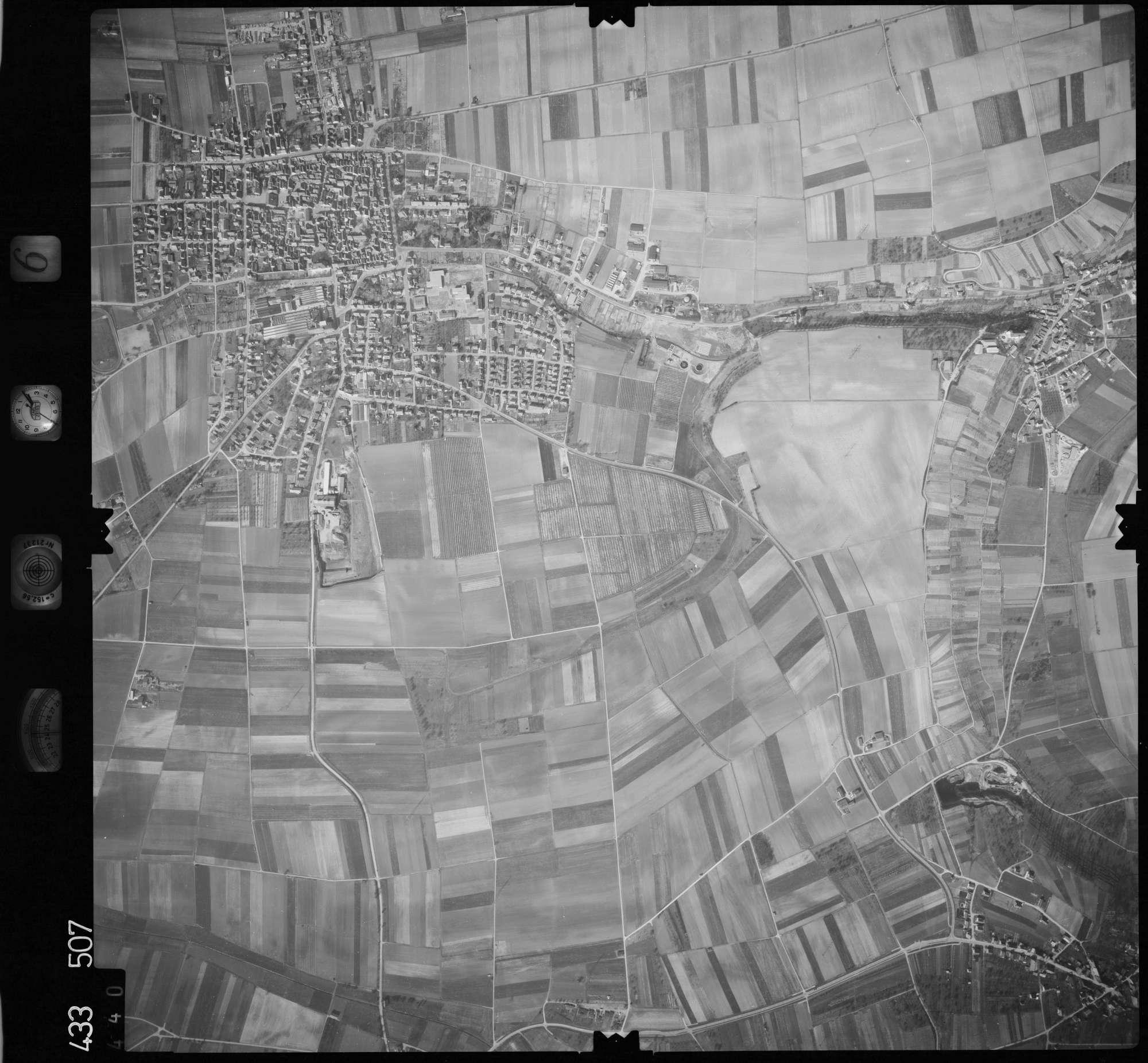 Luftbild: Film 6 Bildnr. 440, Bild 1