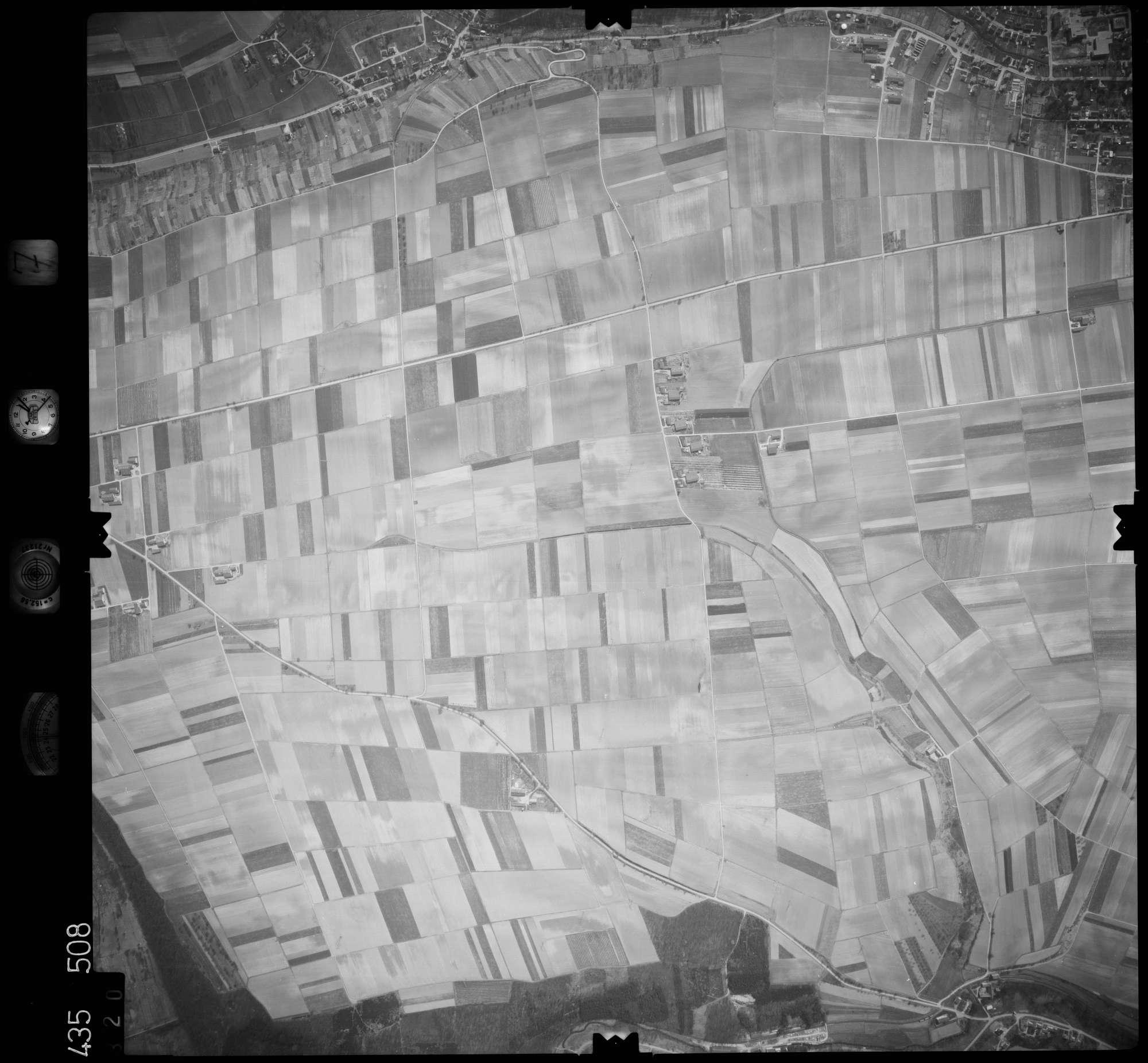 Luftbild: Film 7 Bildnr. 320, Bild 1