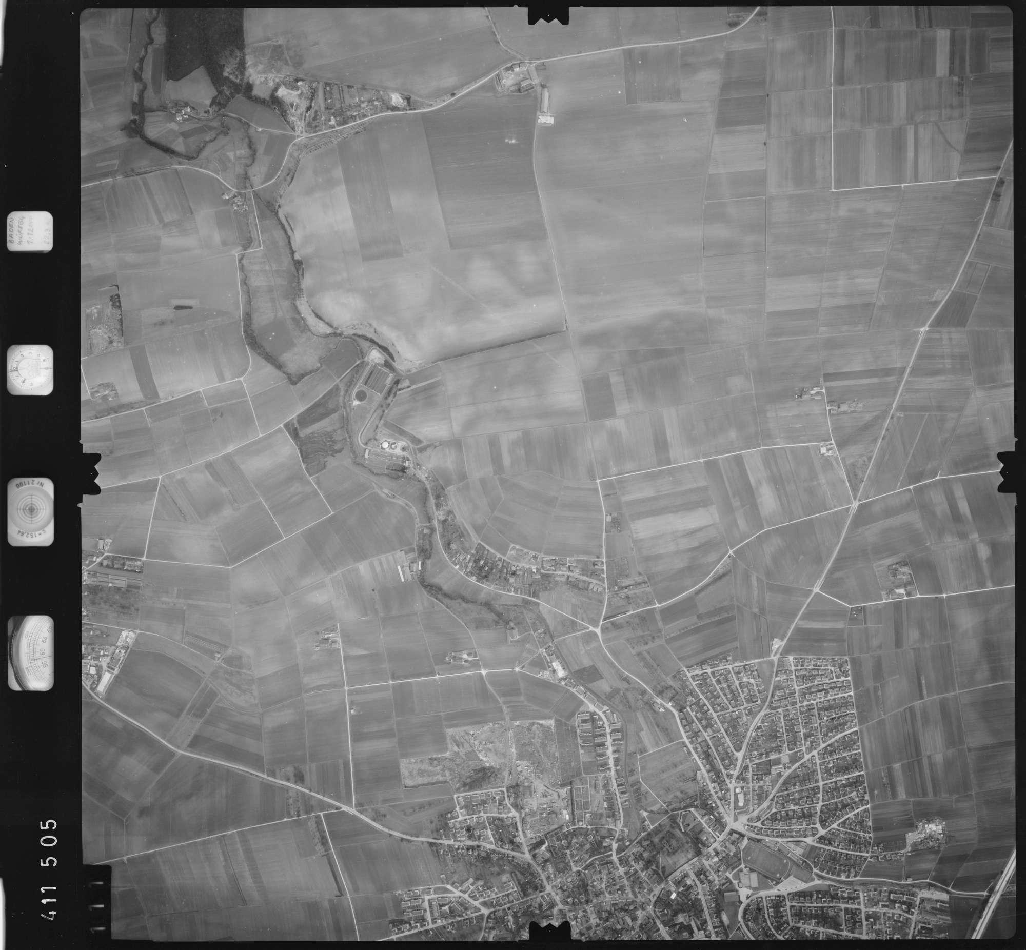 Luftbild: Film 5 Bildnr. 111, Bild 1