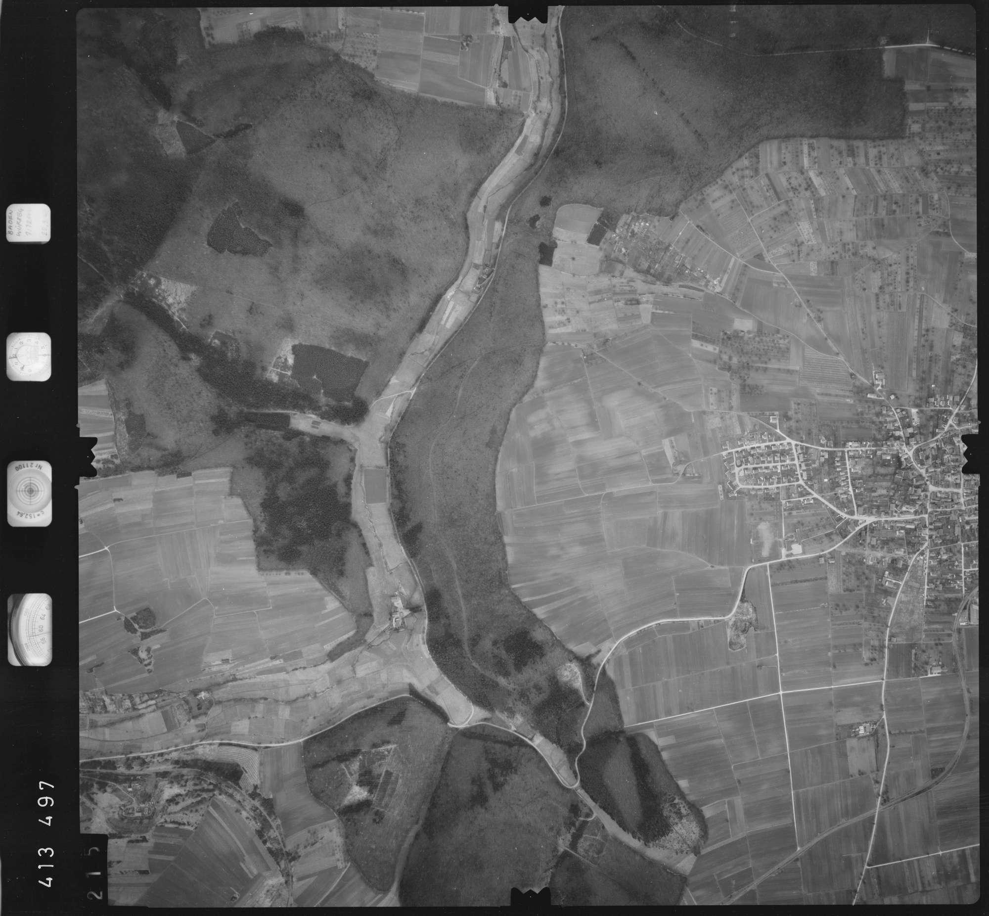 Luftbild: Film 5 Bildnr. 215, Bild 1