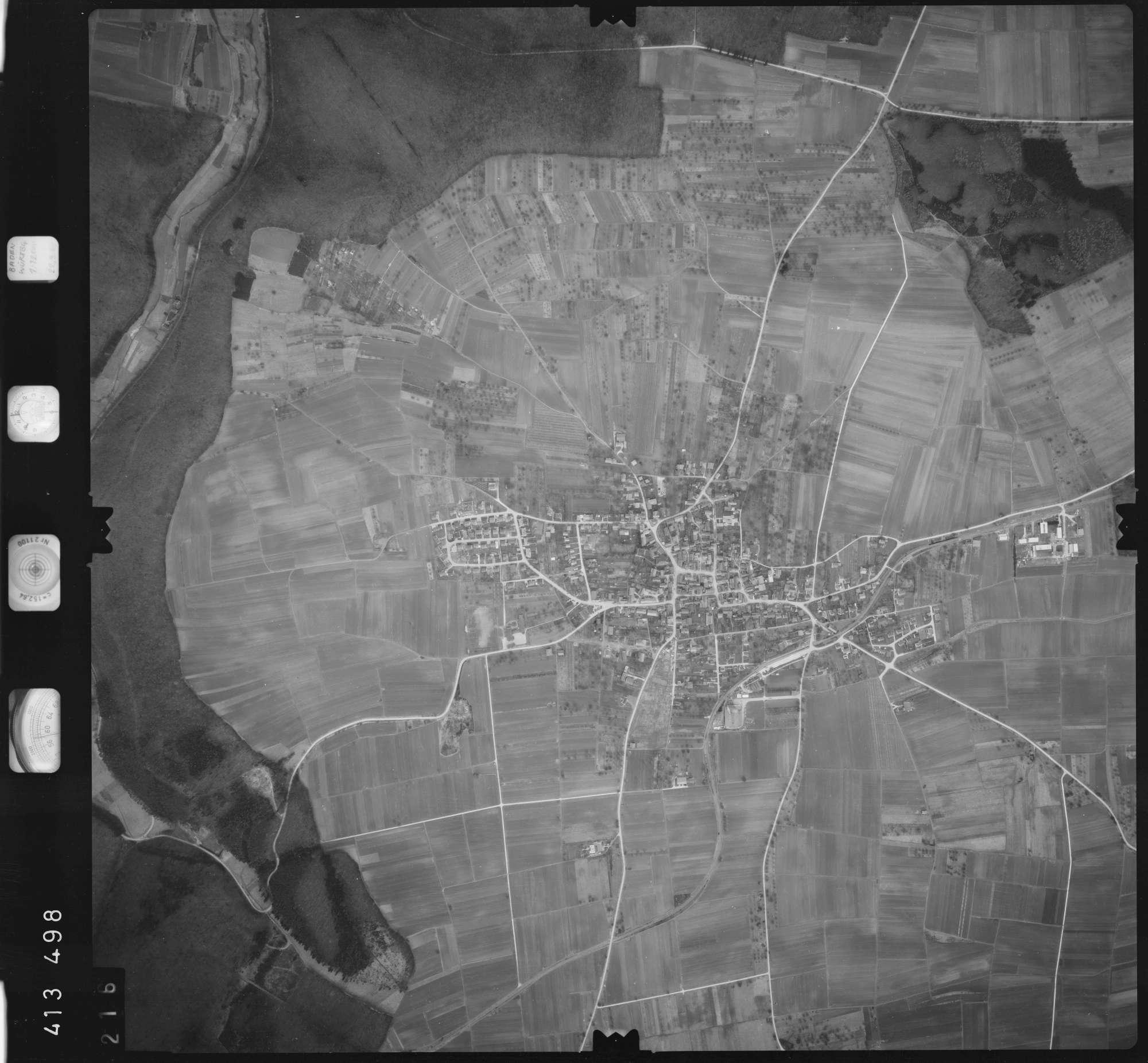 Luftbild: Film 5 Bildnr. 216, Bild 1