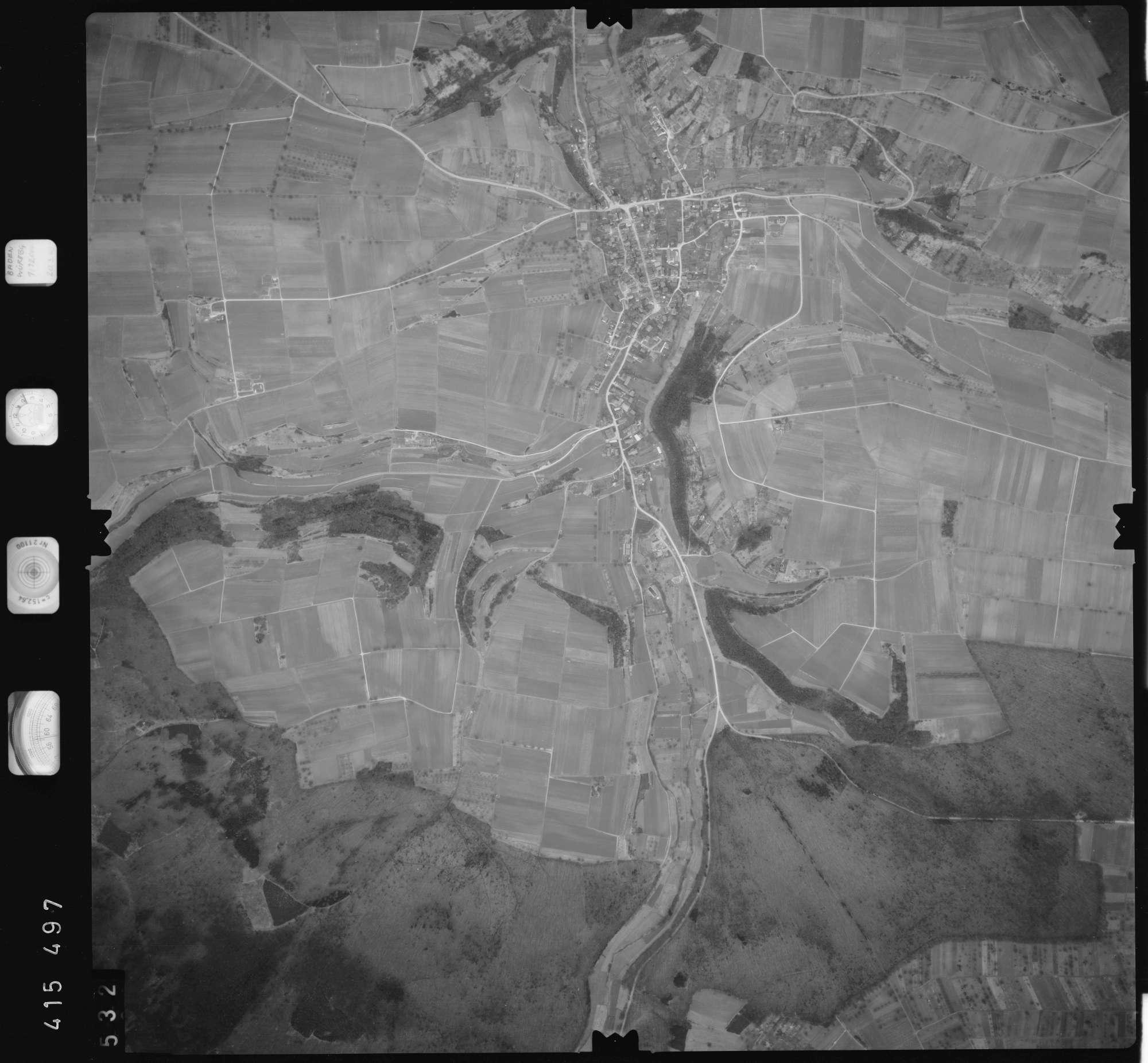 Luftbild: Film 2 Bildnr. 532, Bild 1