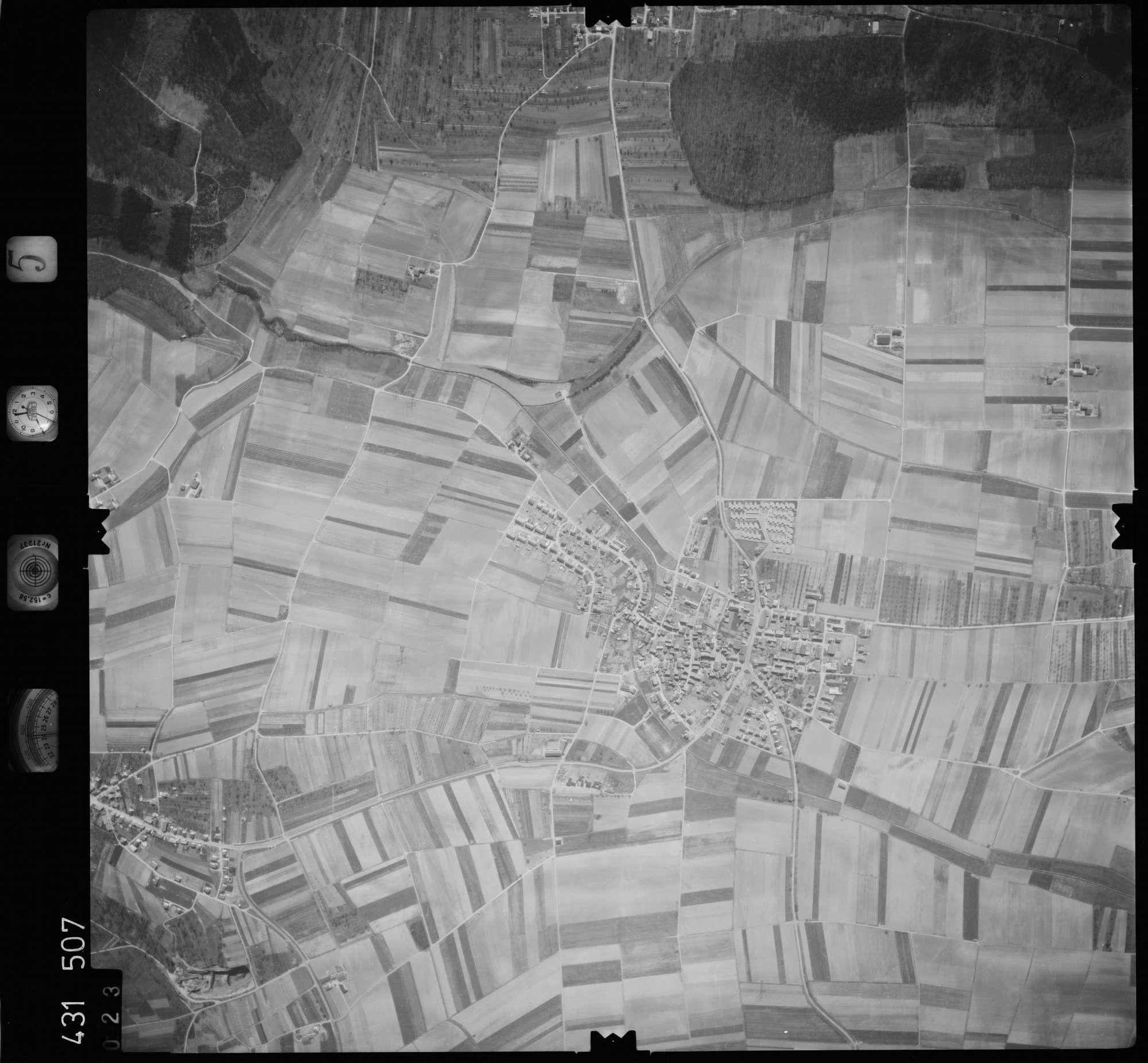 Luftbild: Film 5 Bildnr. 23, Bild 1