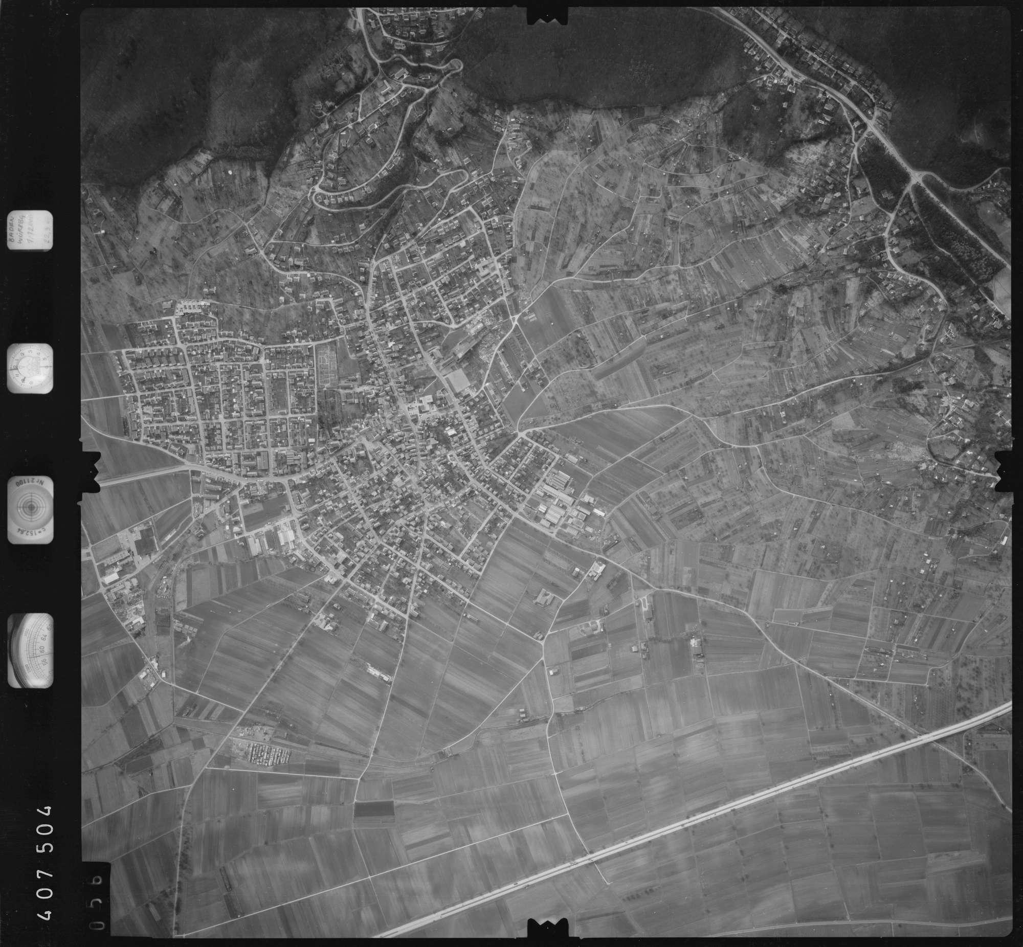 Luftbild: Film 5 Bildnr. 56, Bild 1
