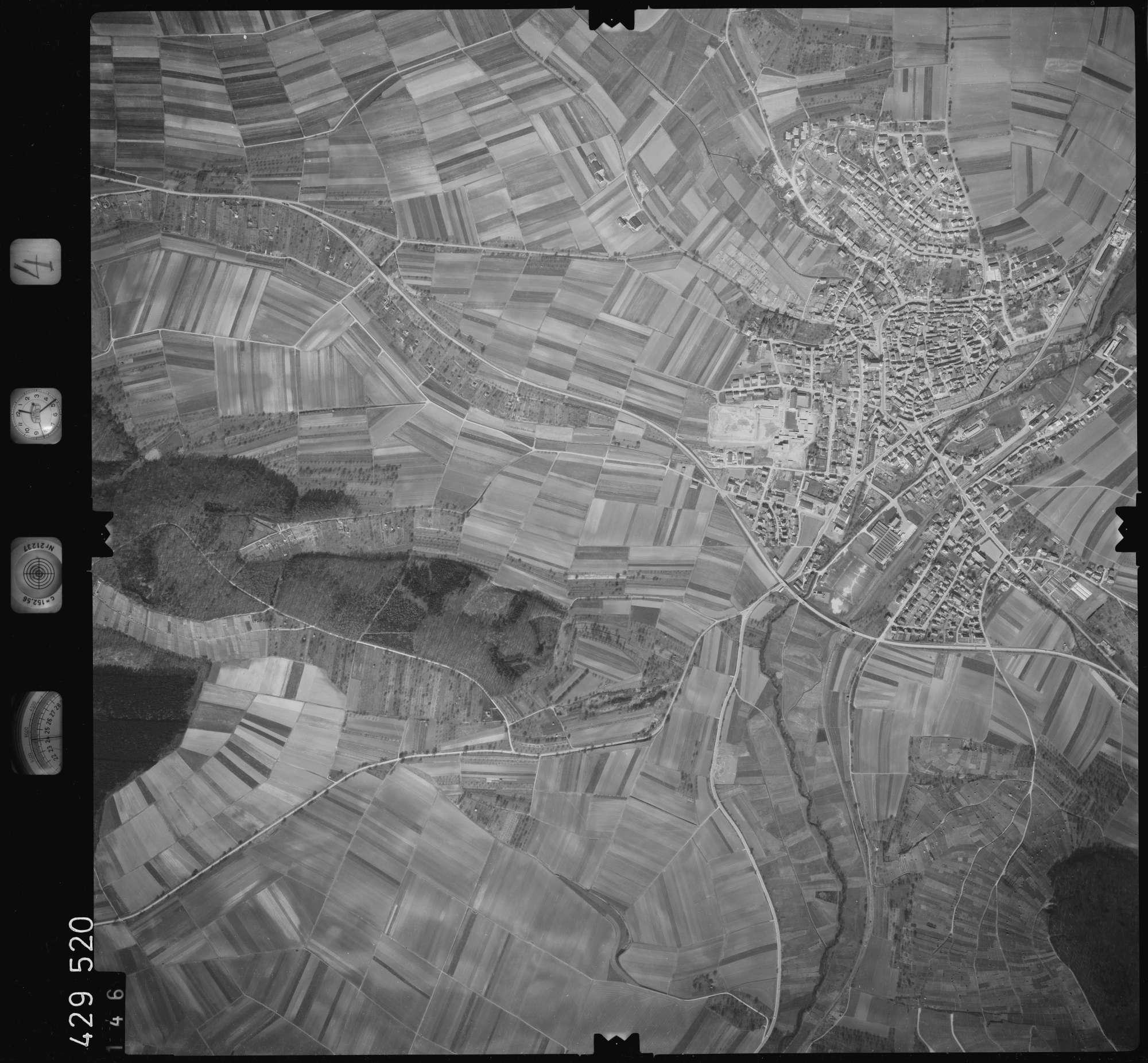 Luftbild: Film 4 Bildnr. 146, Bild 1