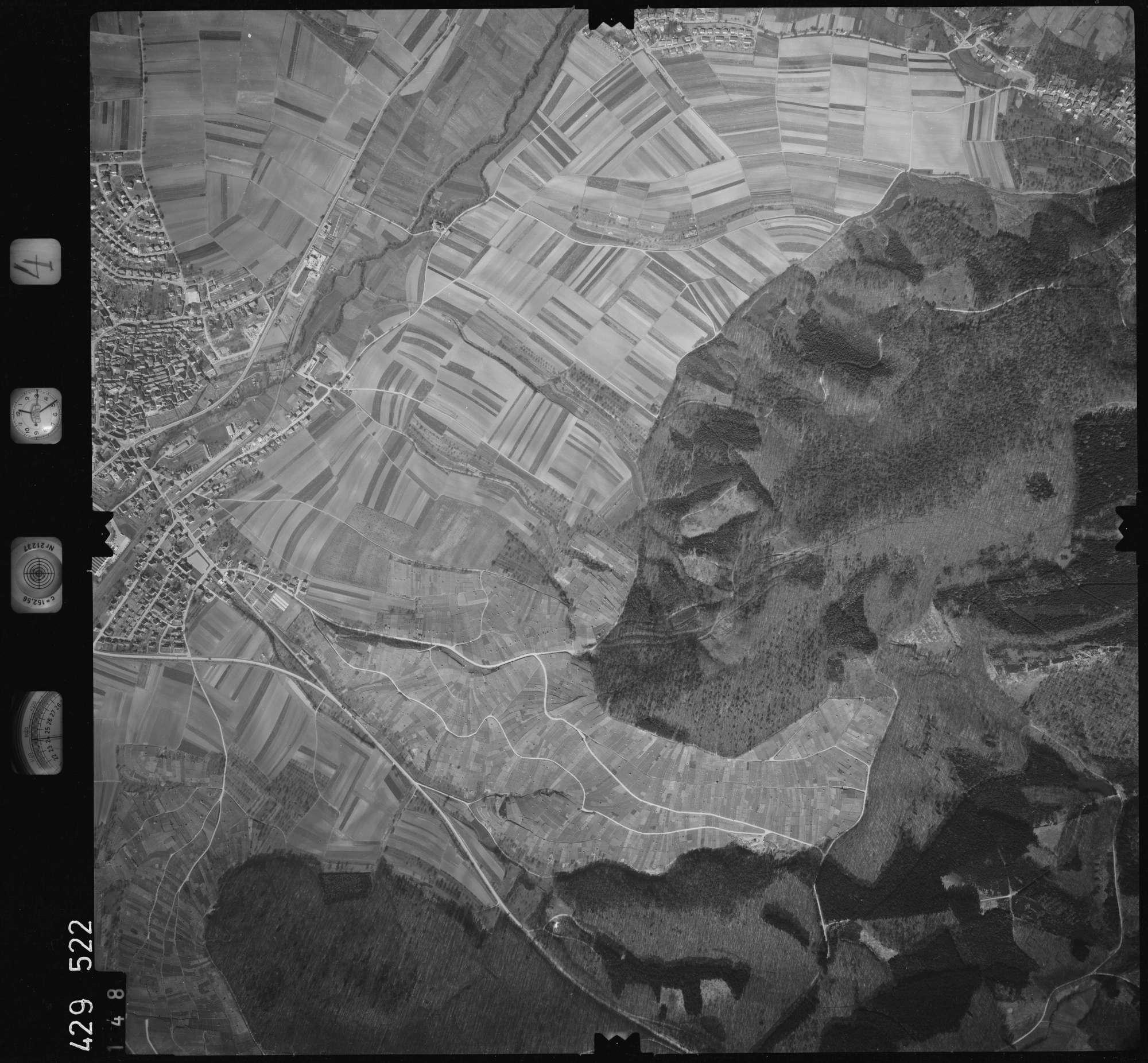Luftbild: Film 4 Bildnr. 148, Bild 1