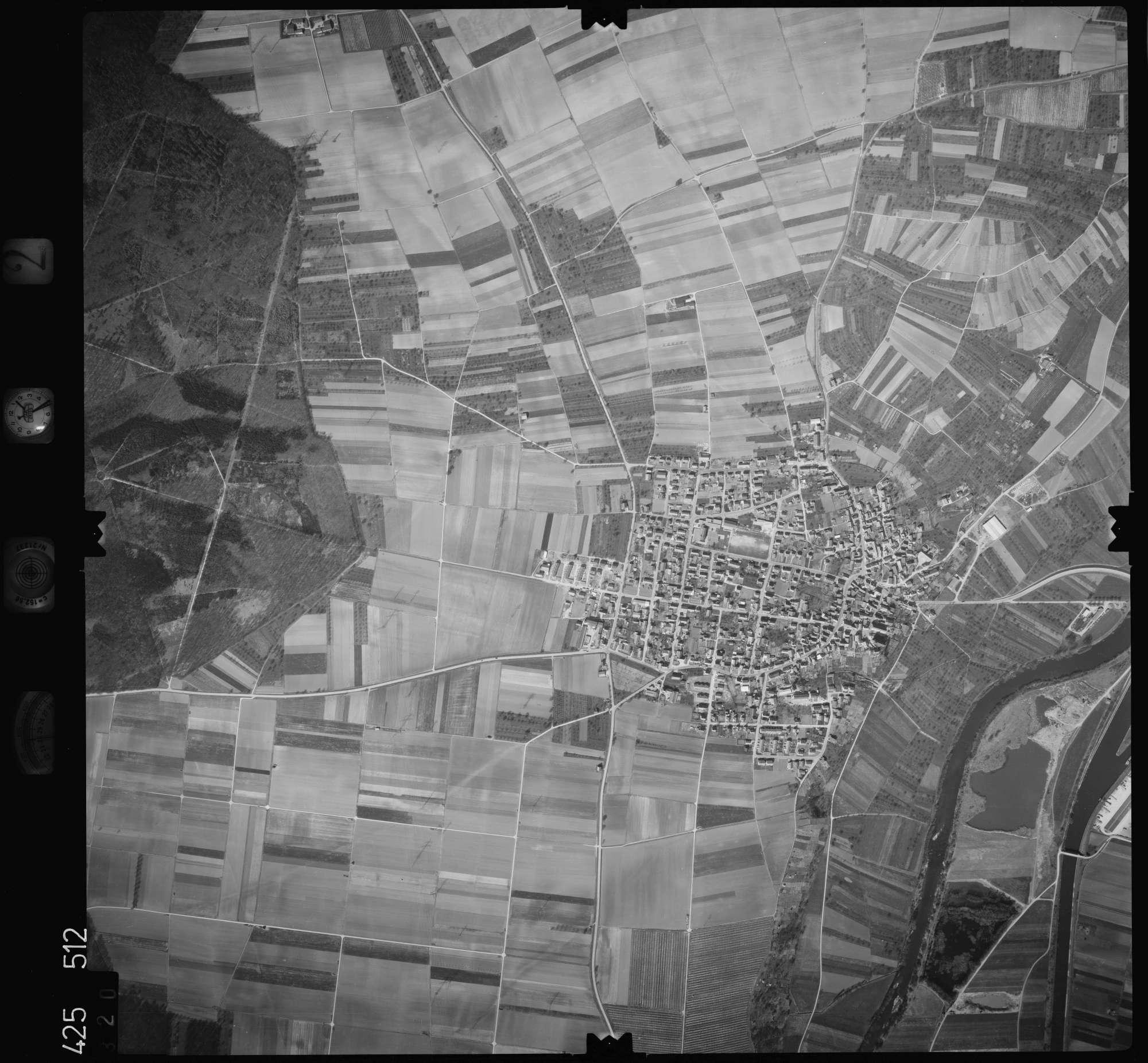 Luftbild: Film 2 Bildnr. 320, Bild 1
