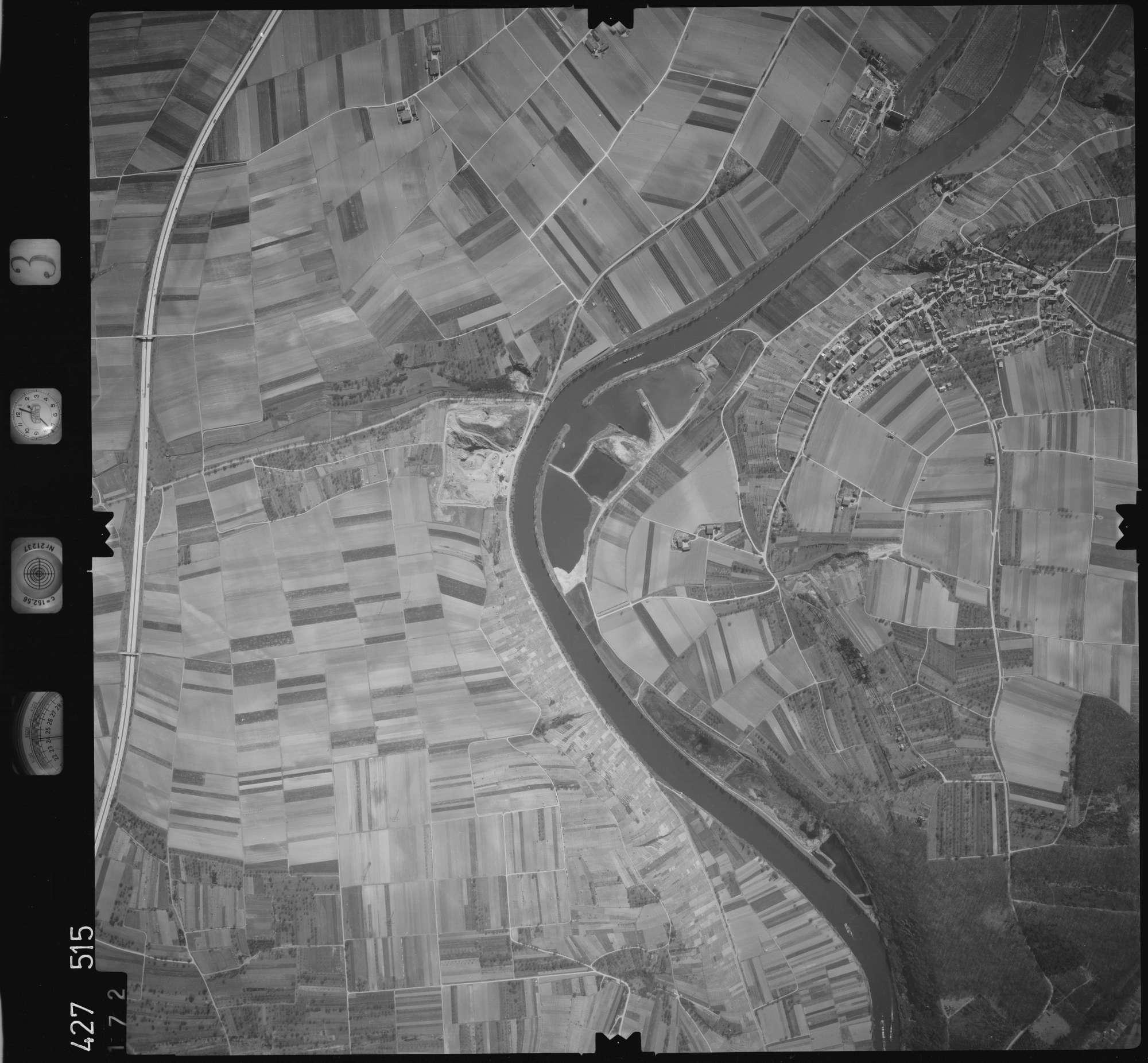 Luftbild: Film 3 Bildnr. 172, Bild 1