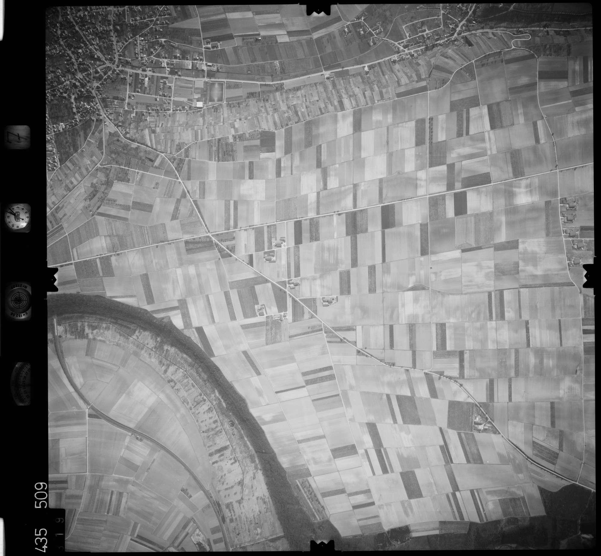 Luftbild: Film 7 Bildnr. 319, Bild 1