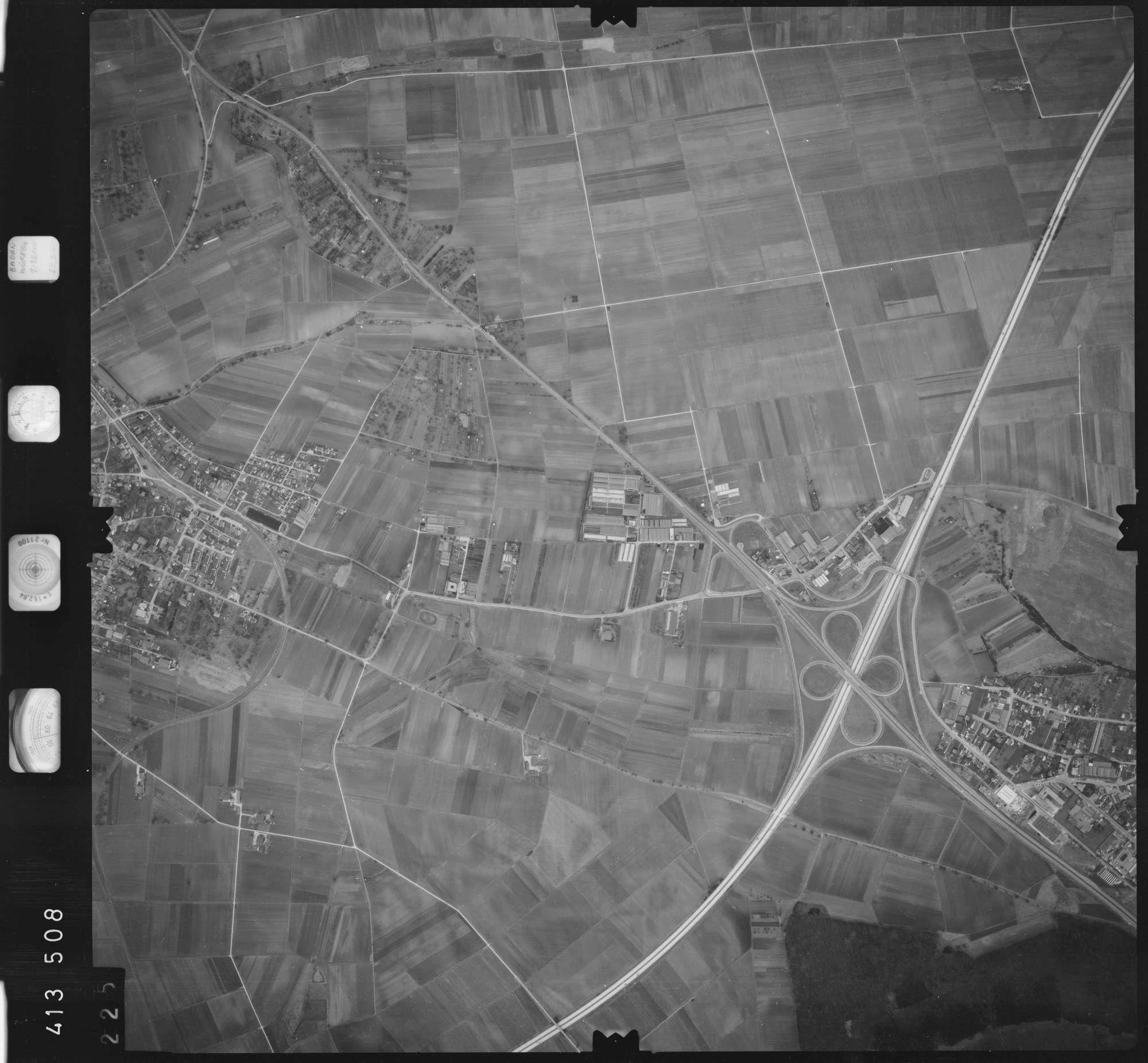 Luftbild: Film 5 Bildnr. 225, Bild 1
