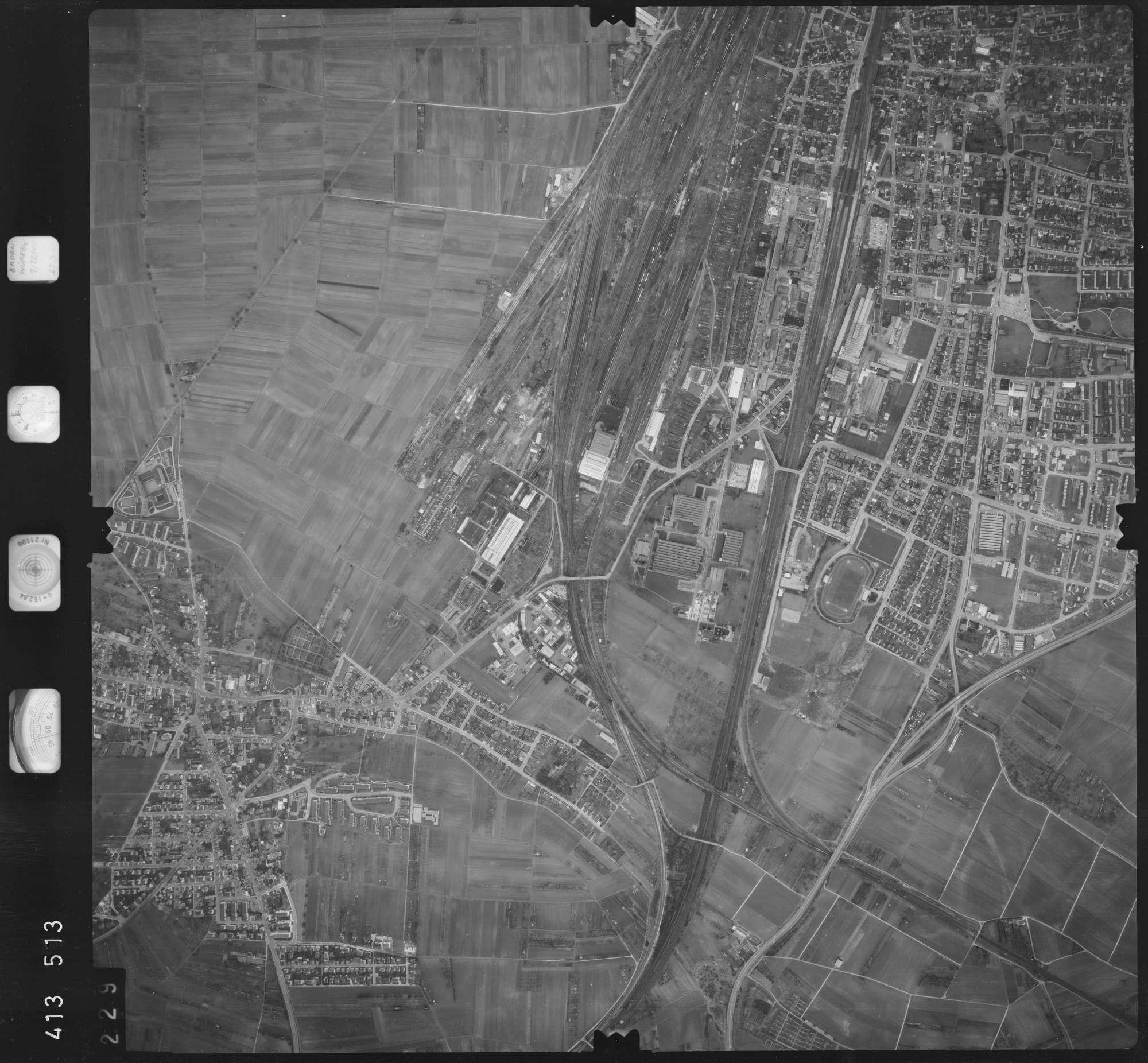 Luftbild: Film 5 Bildnr. 229, Bild 1
