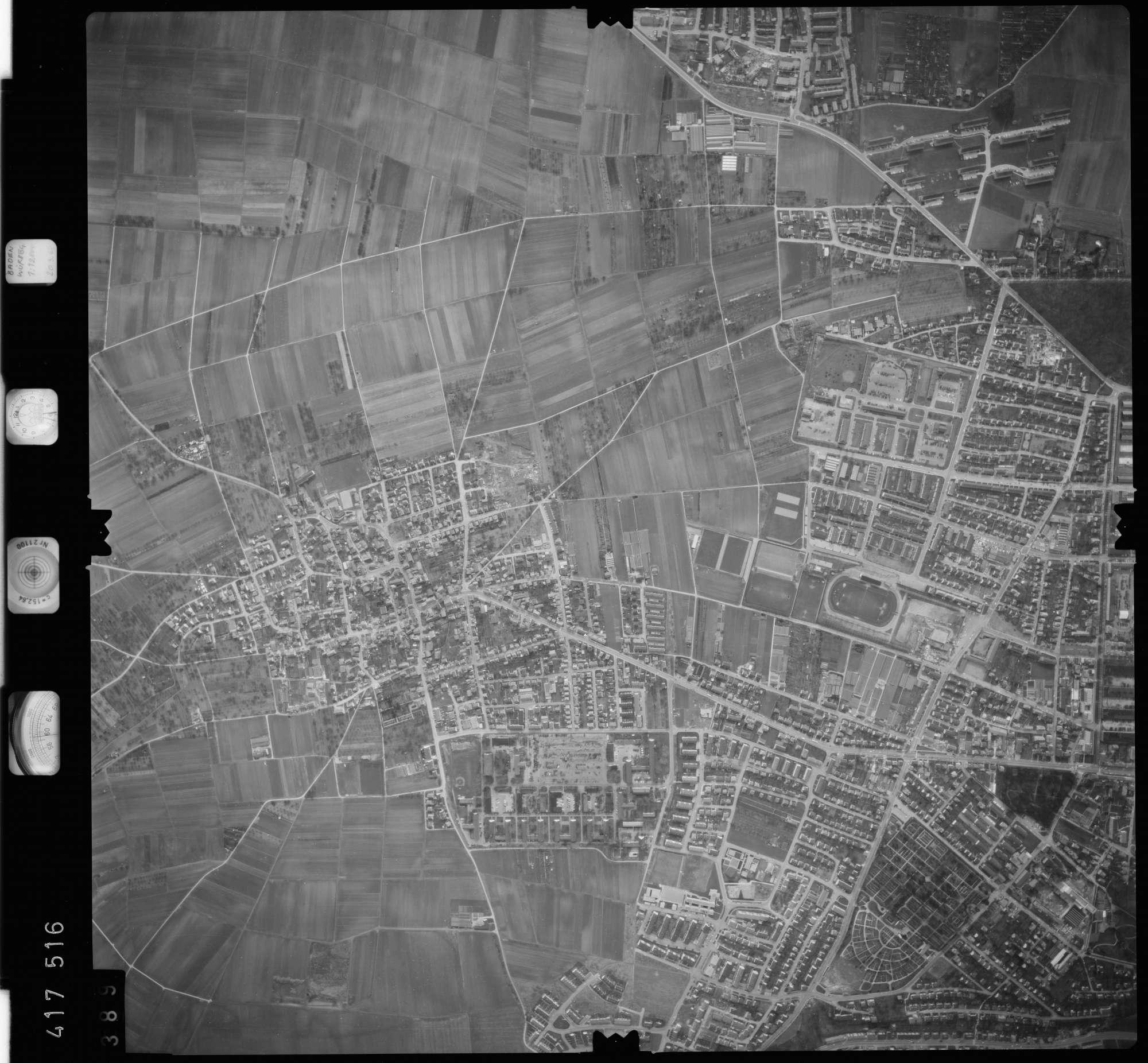 Luftbild: Film 2 Bildnr. 389, Bild 1