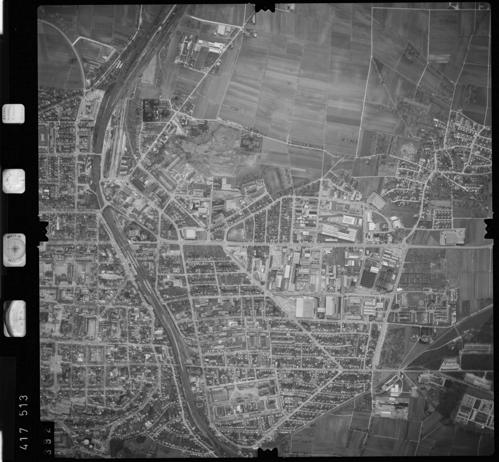 Luftbild: Film 2 Bildnr. 392, Bild 1