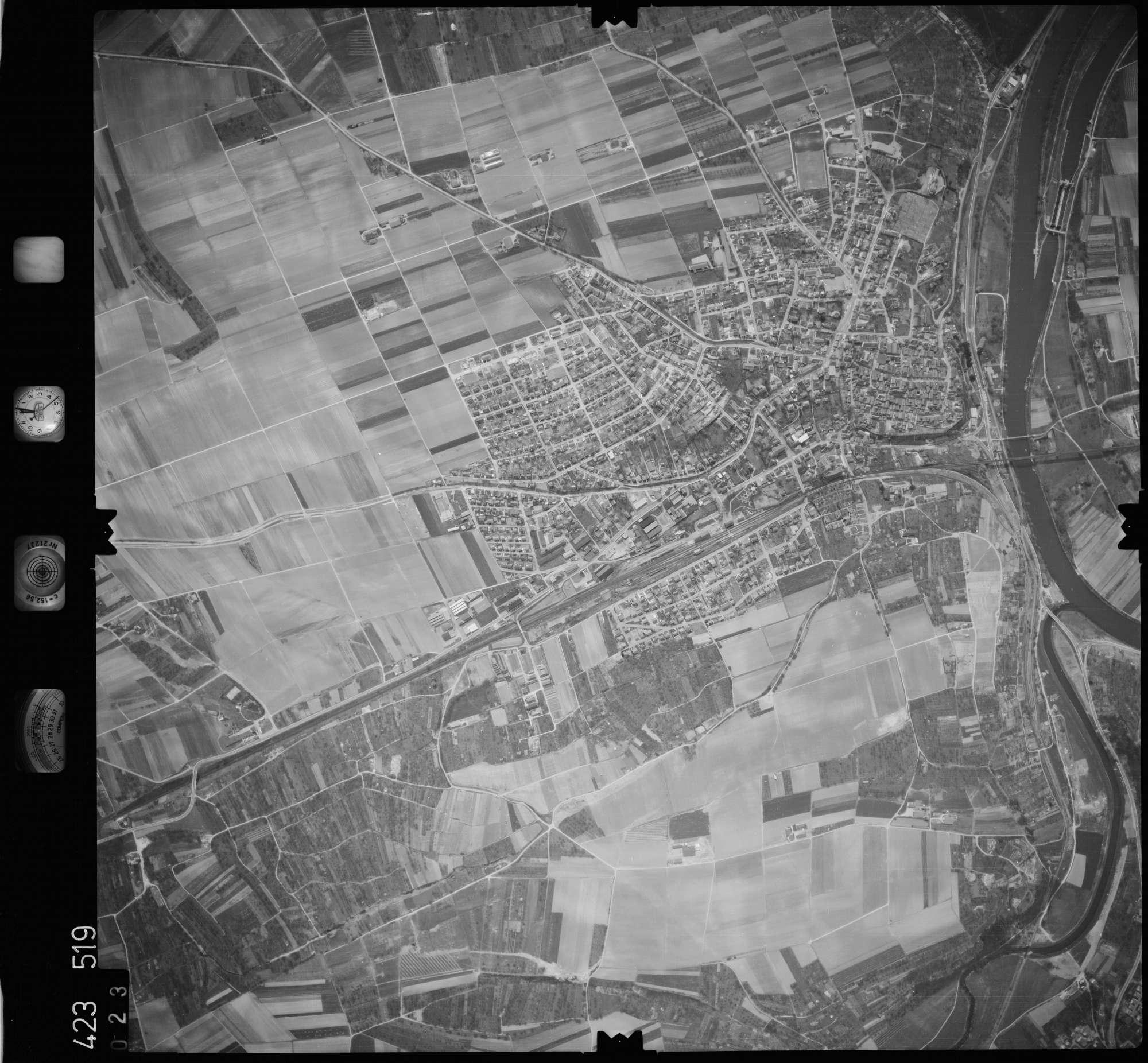 Luftbild: Film 1 Bildnr. 23, Bild 1