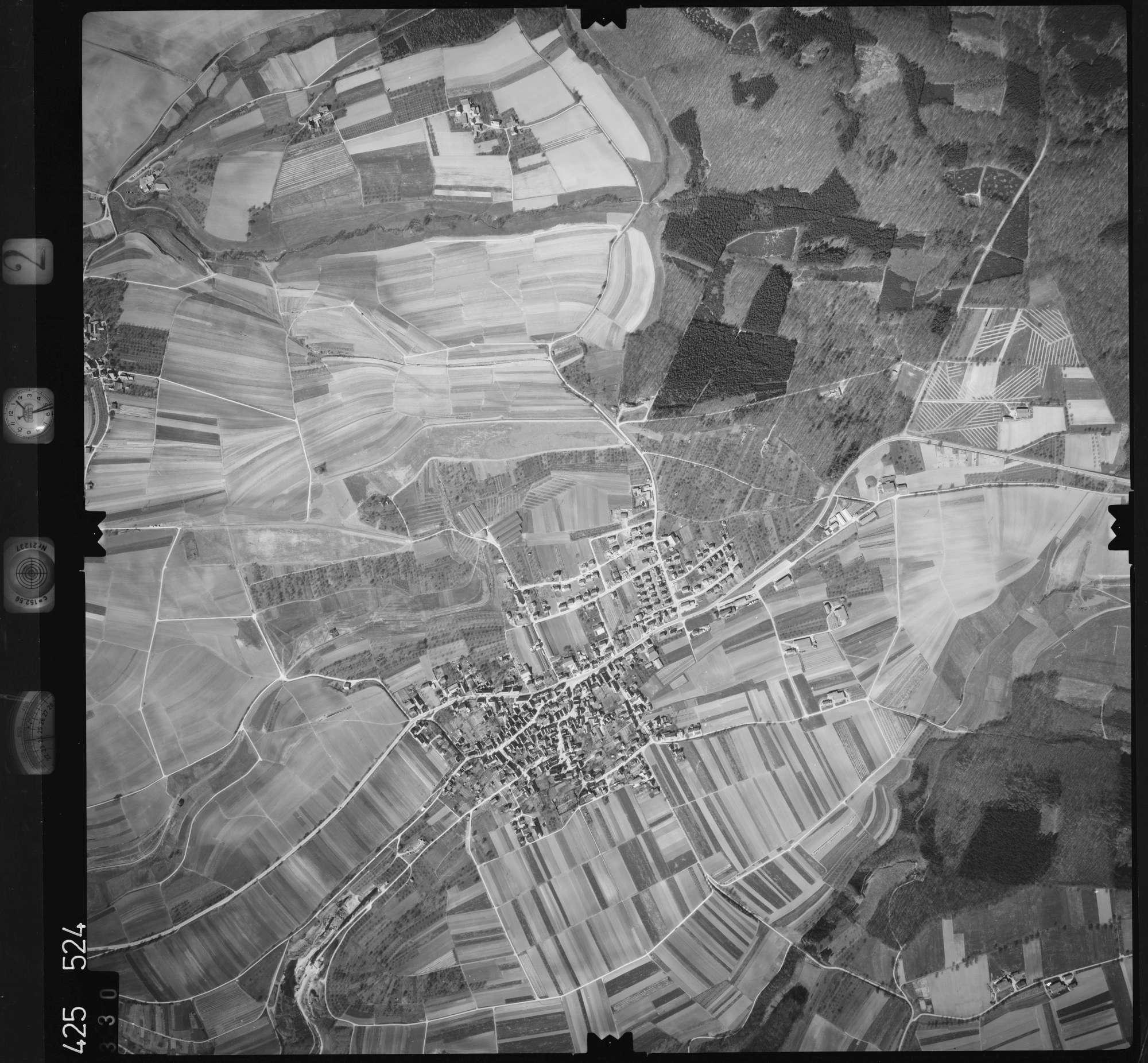 Luftbild: Film 2 Bildnr. 330, Bild 1