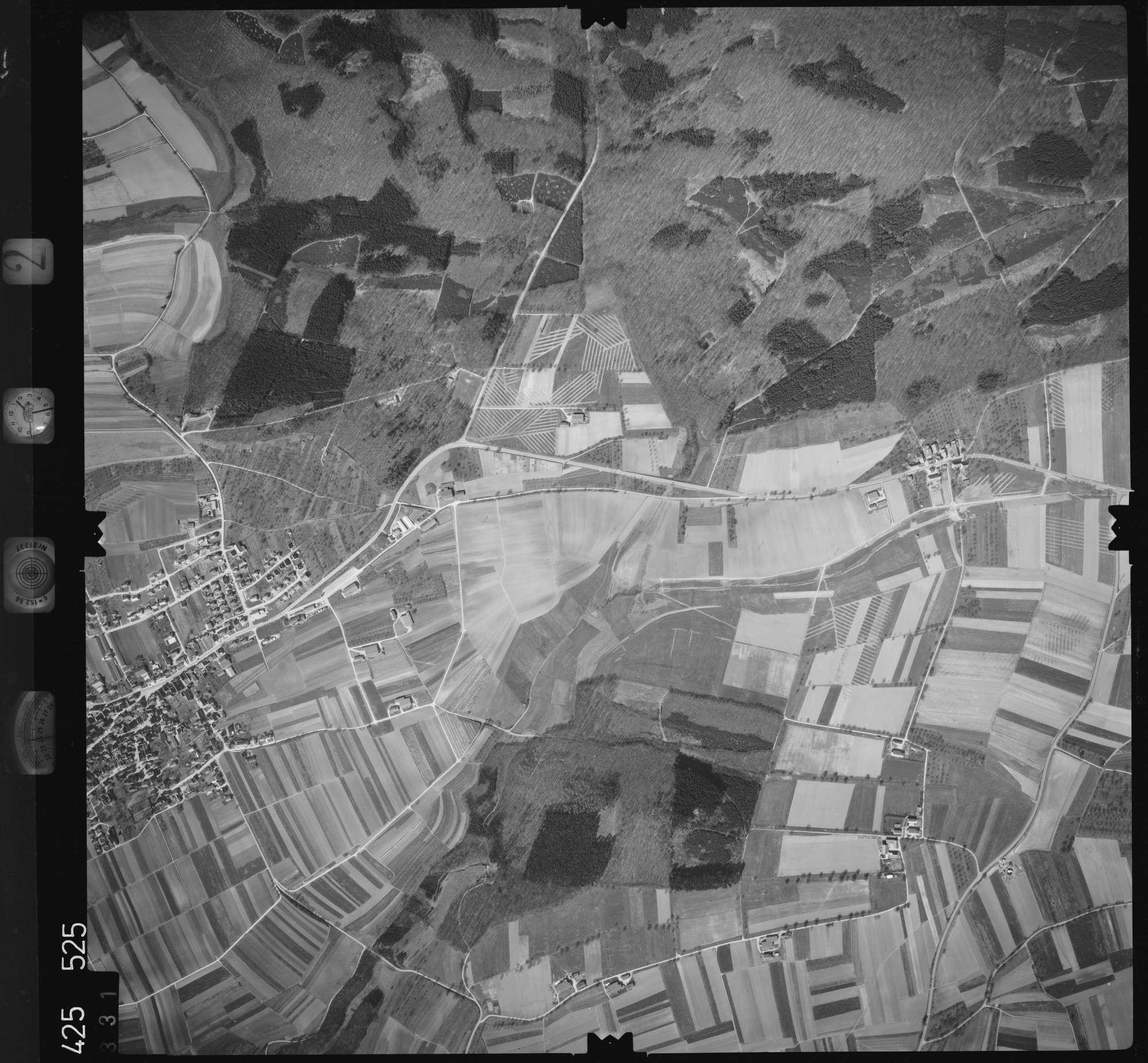 Luftbild: Film 2 Bildnr. 331, Bild 1