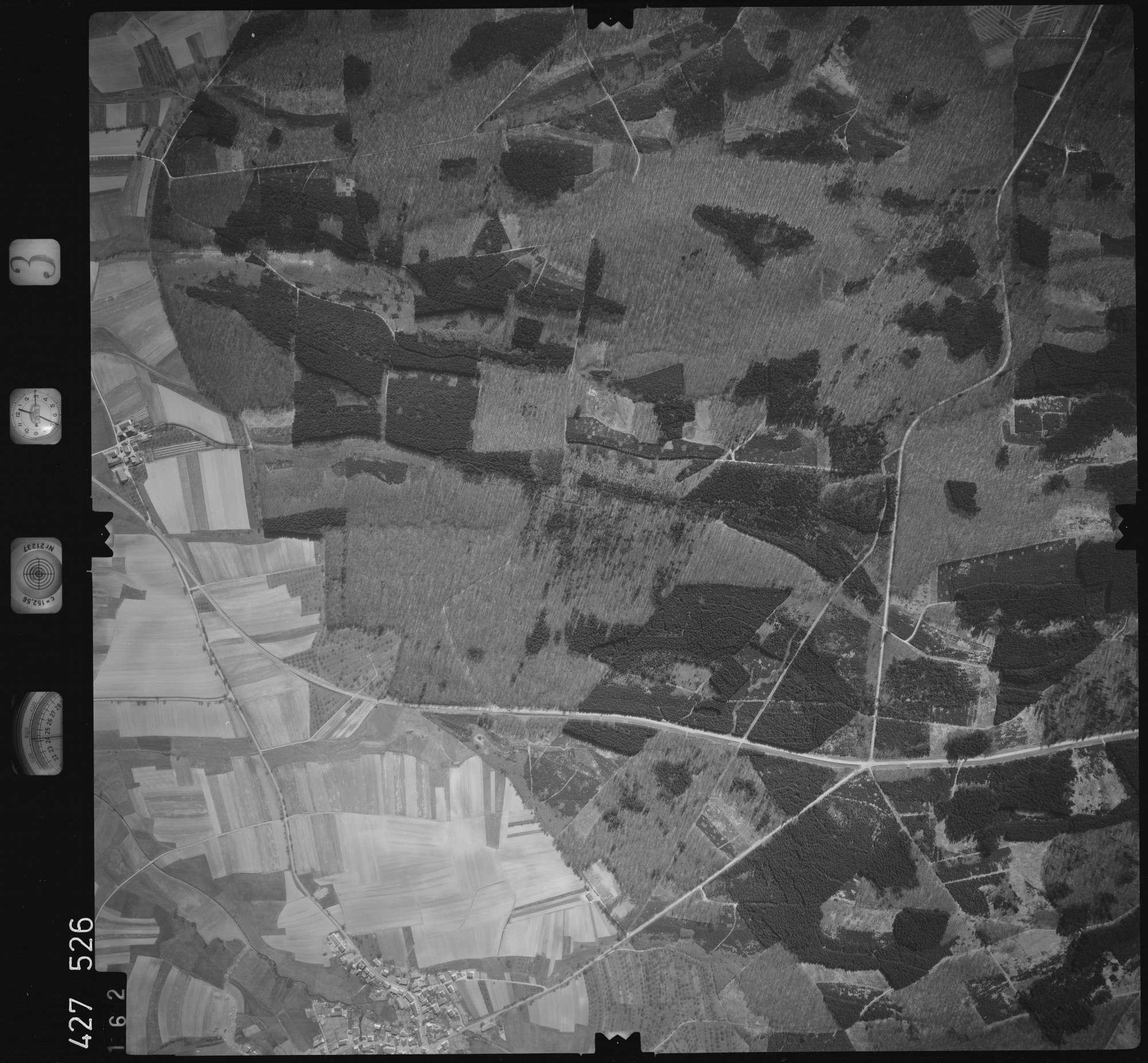 Luftbild: Film 3 Bildnr. 162, Bild 1