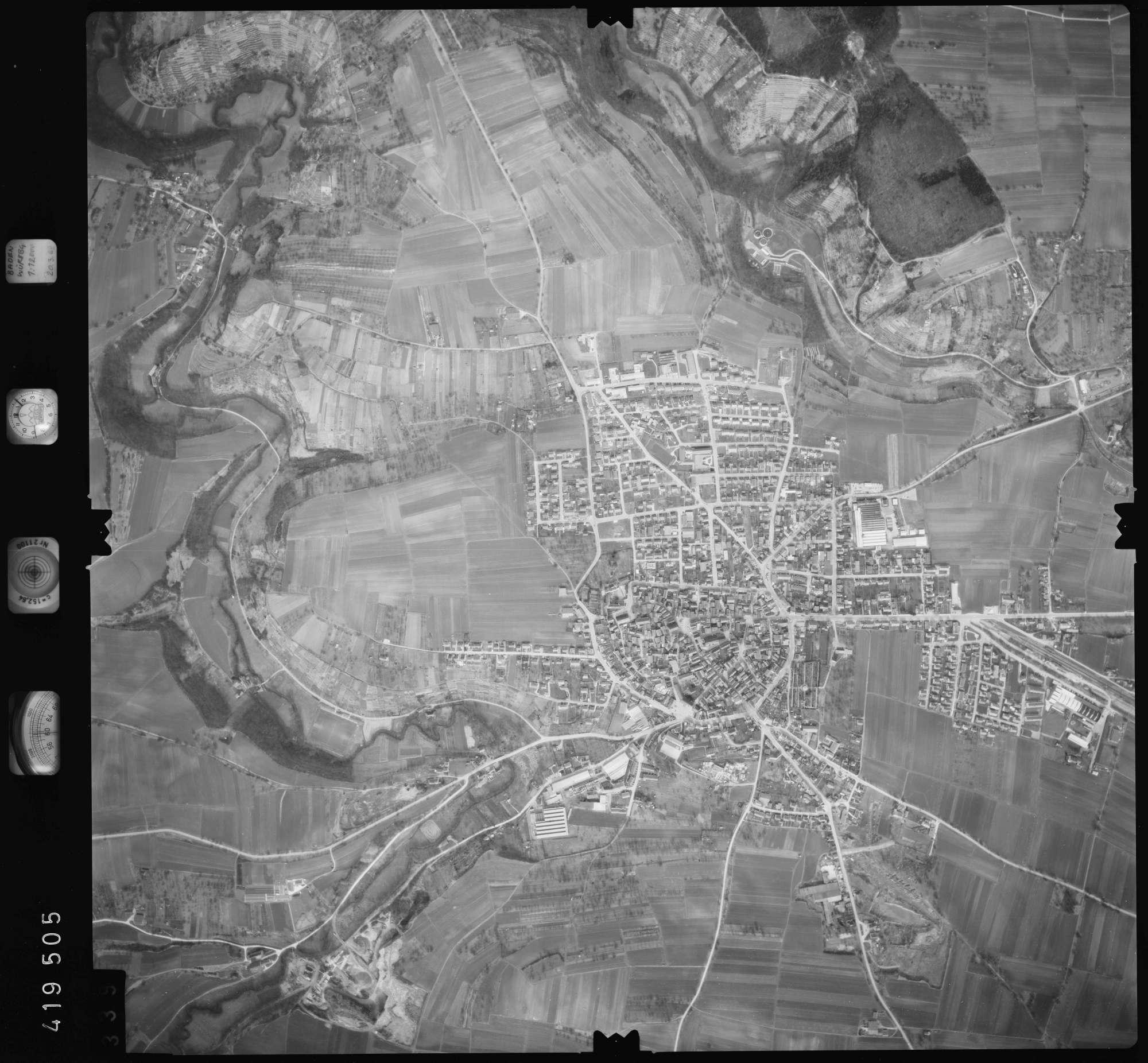 Luftbild: Film 2 Bildnr. 339, Bild 1