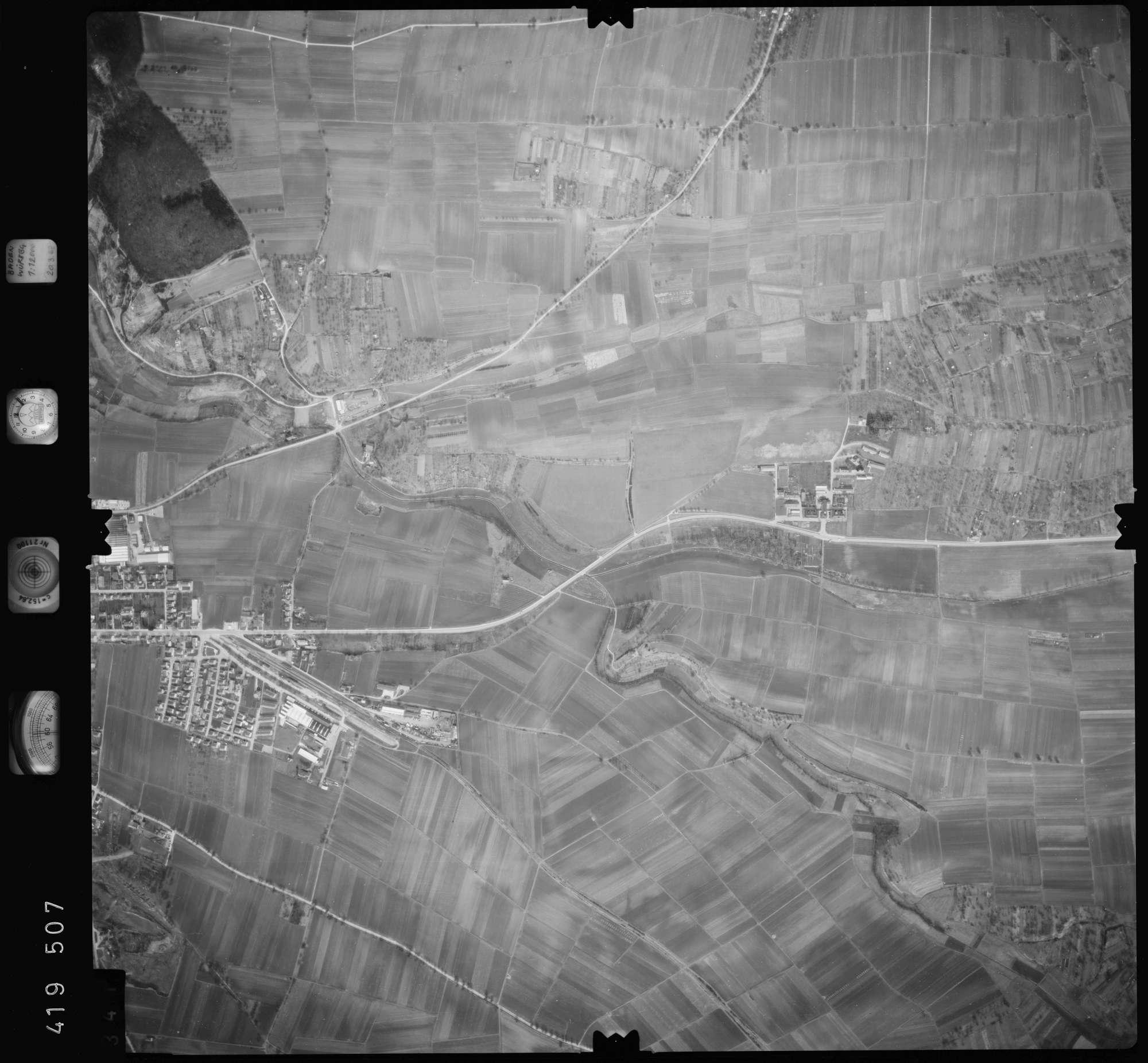 Luftbild: Film 2 Bildnr. 341, Bild 1