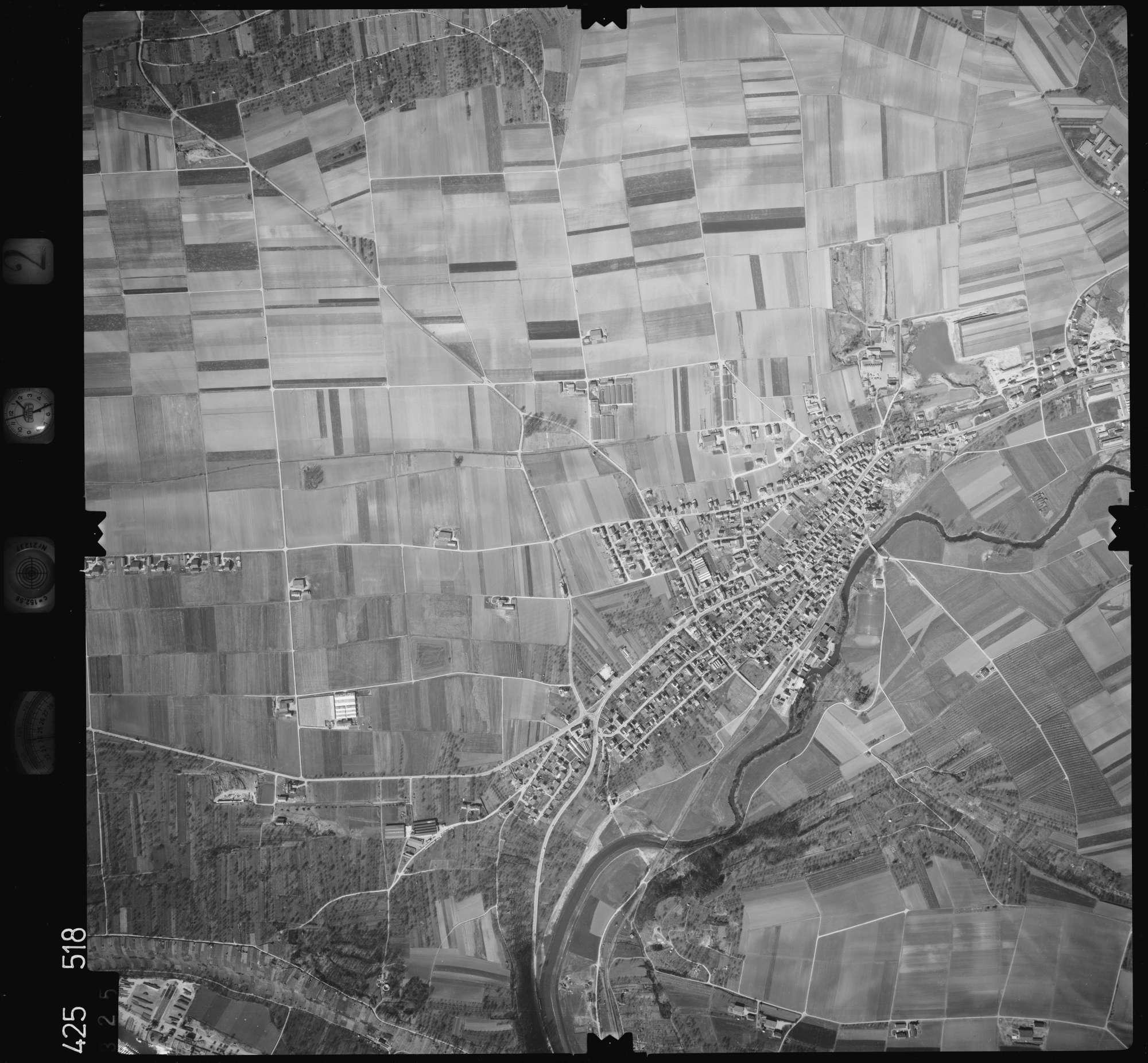 Luftbild: Film 2 Bildnr. 325, Bild 1