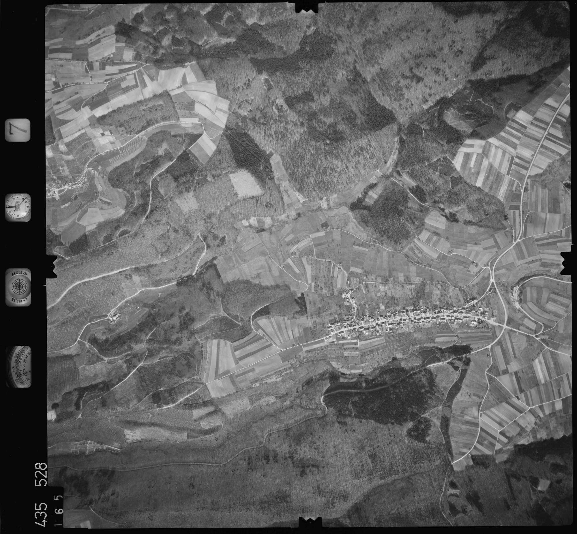 Luftbild: Film 7 Bildnr. 165, Bild 1
