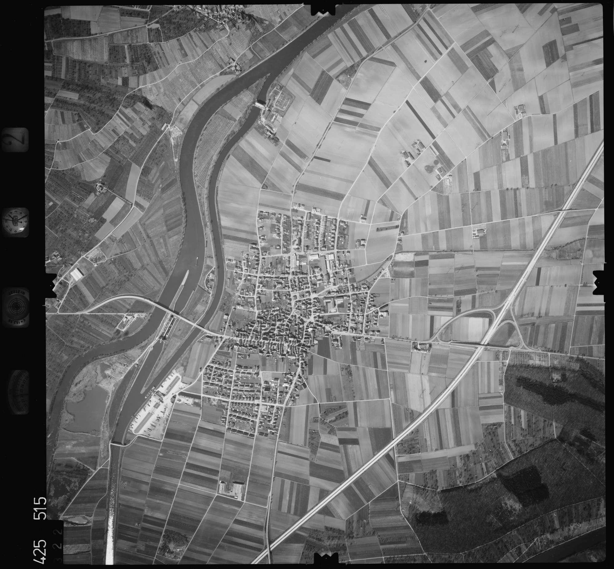 Luftbild: Film 2 Bildnr. 322, Bild 1