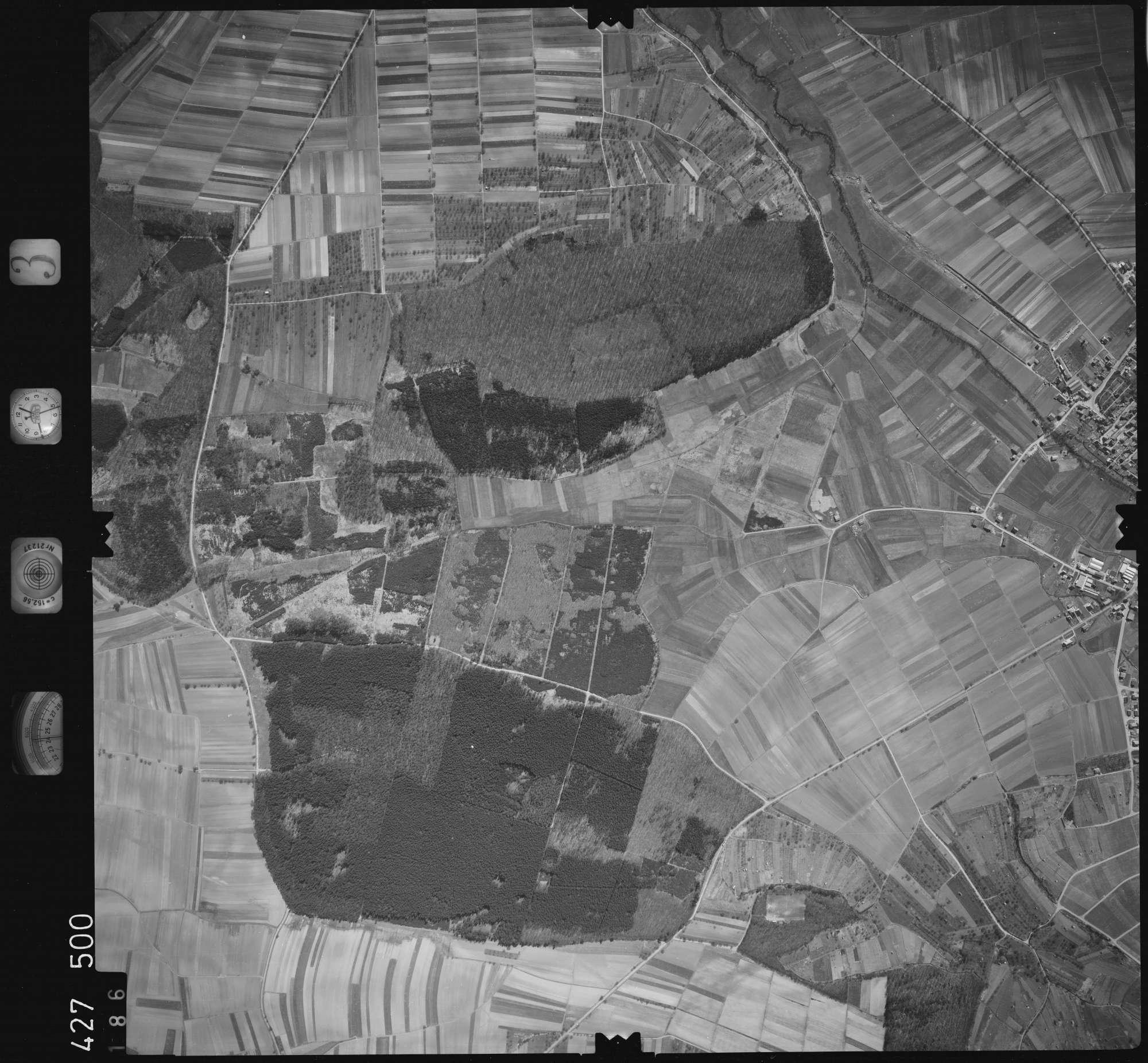 Luftbild: Film 3 Bildnr. 186, Bild 1