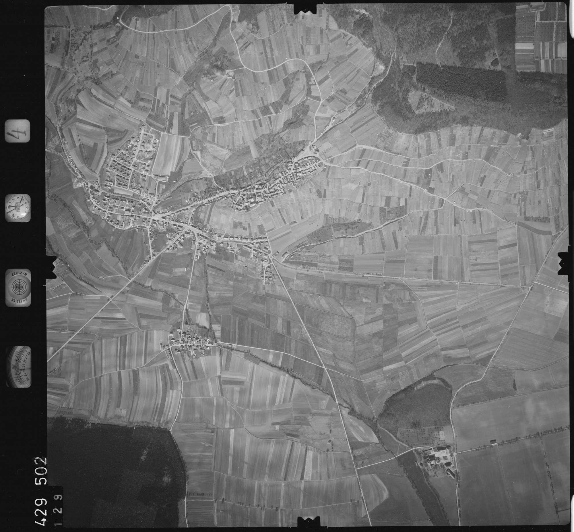 Luftbild: Film 4 Bildnr. 129, Bild 1