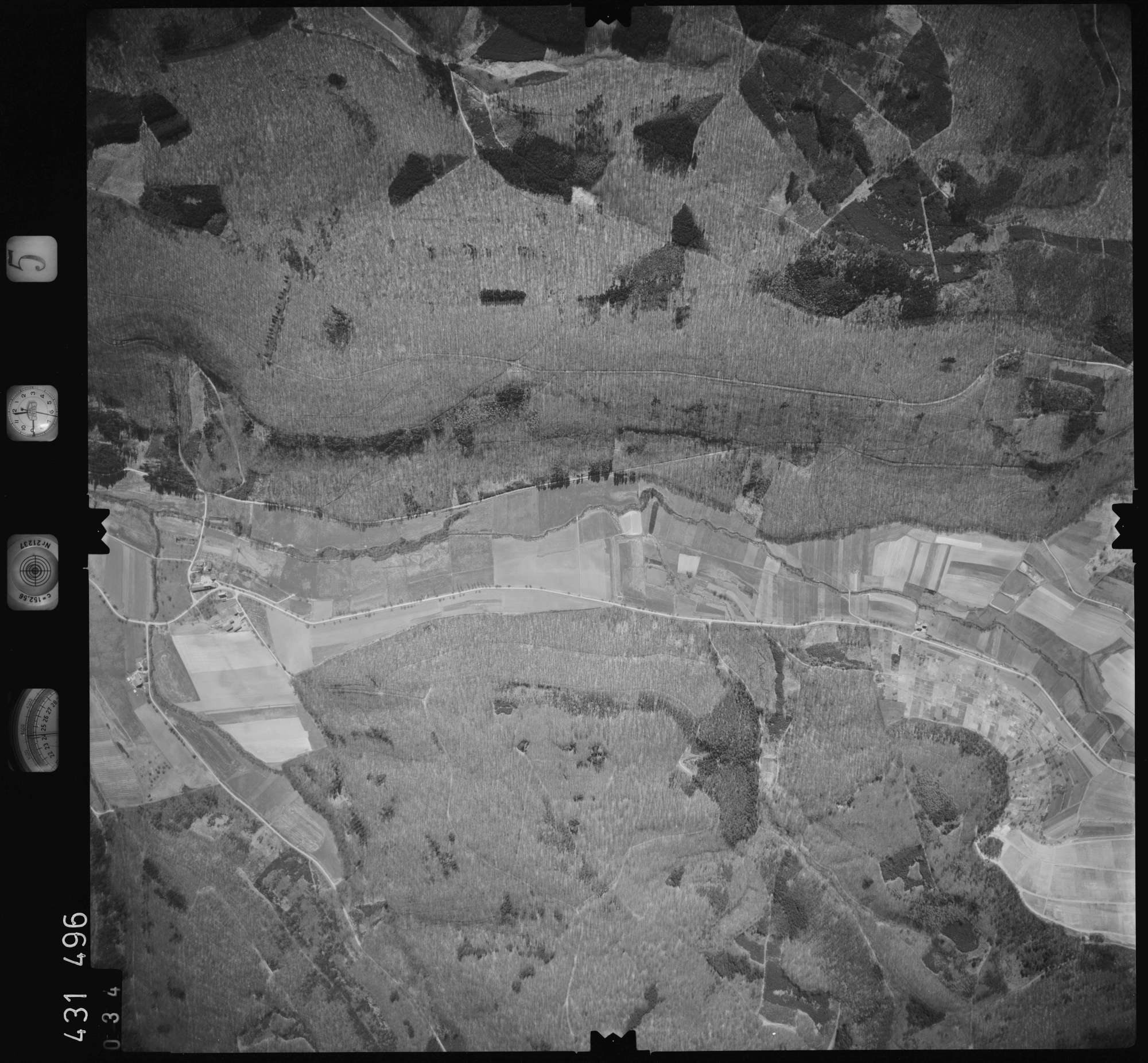 Luftbild: Film 5 Bildnr. 34, Bild 1