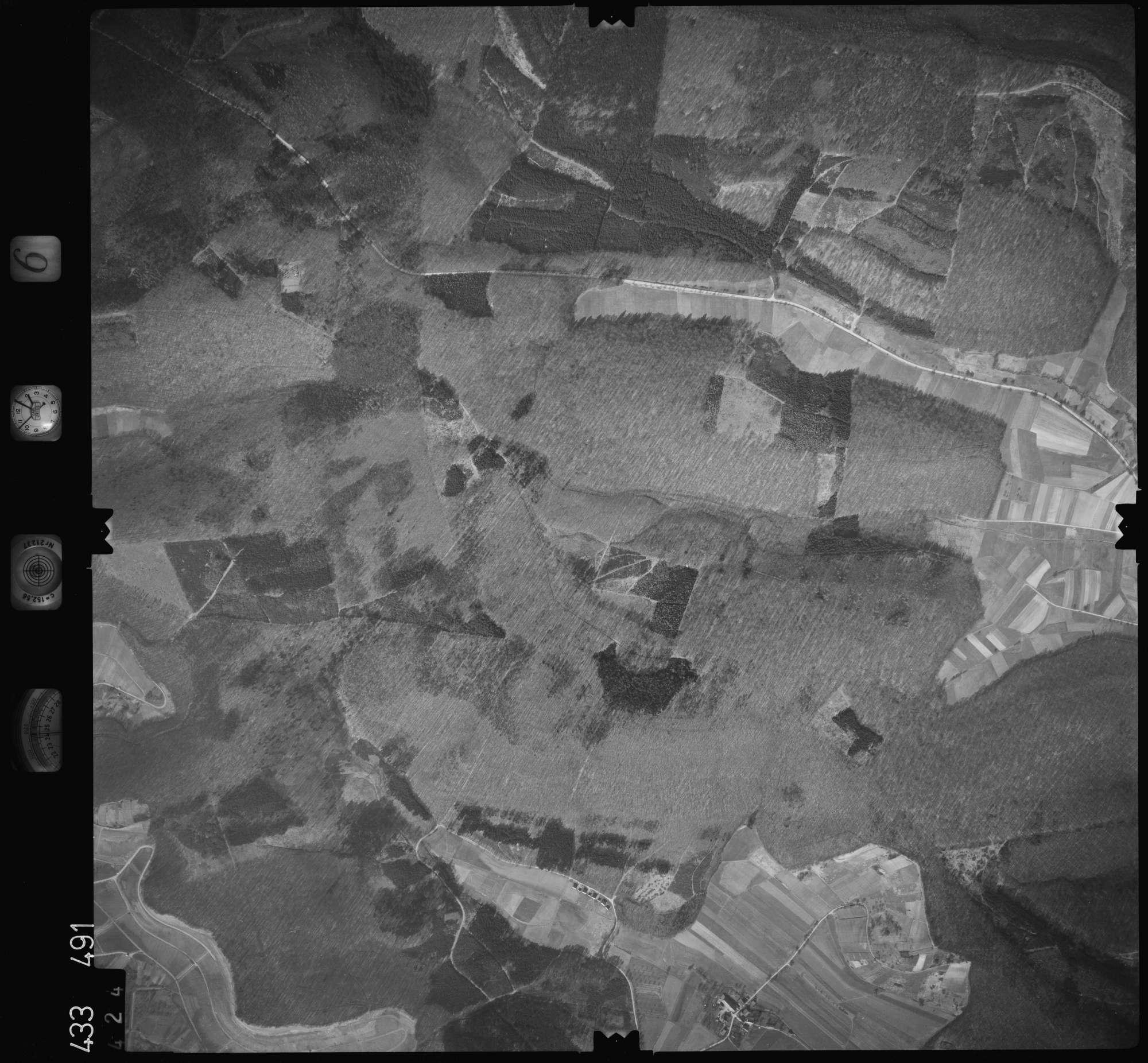 Luftbild: Film 6 Bildnr. 424, Bild 1