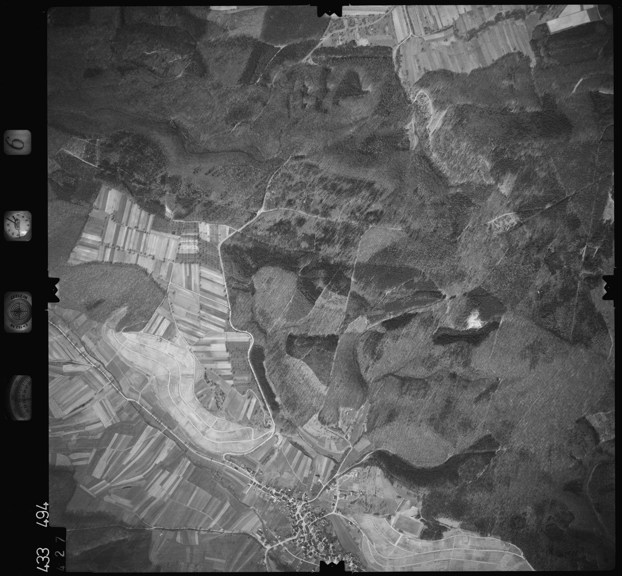 Luftbild: Film 6 Bildnr. 427, Bild 1
