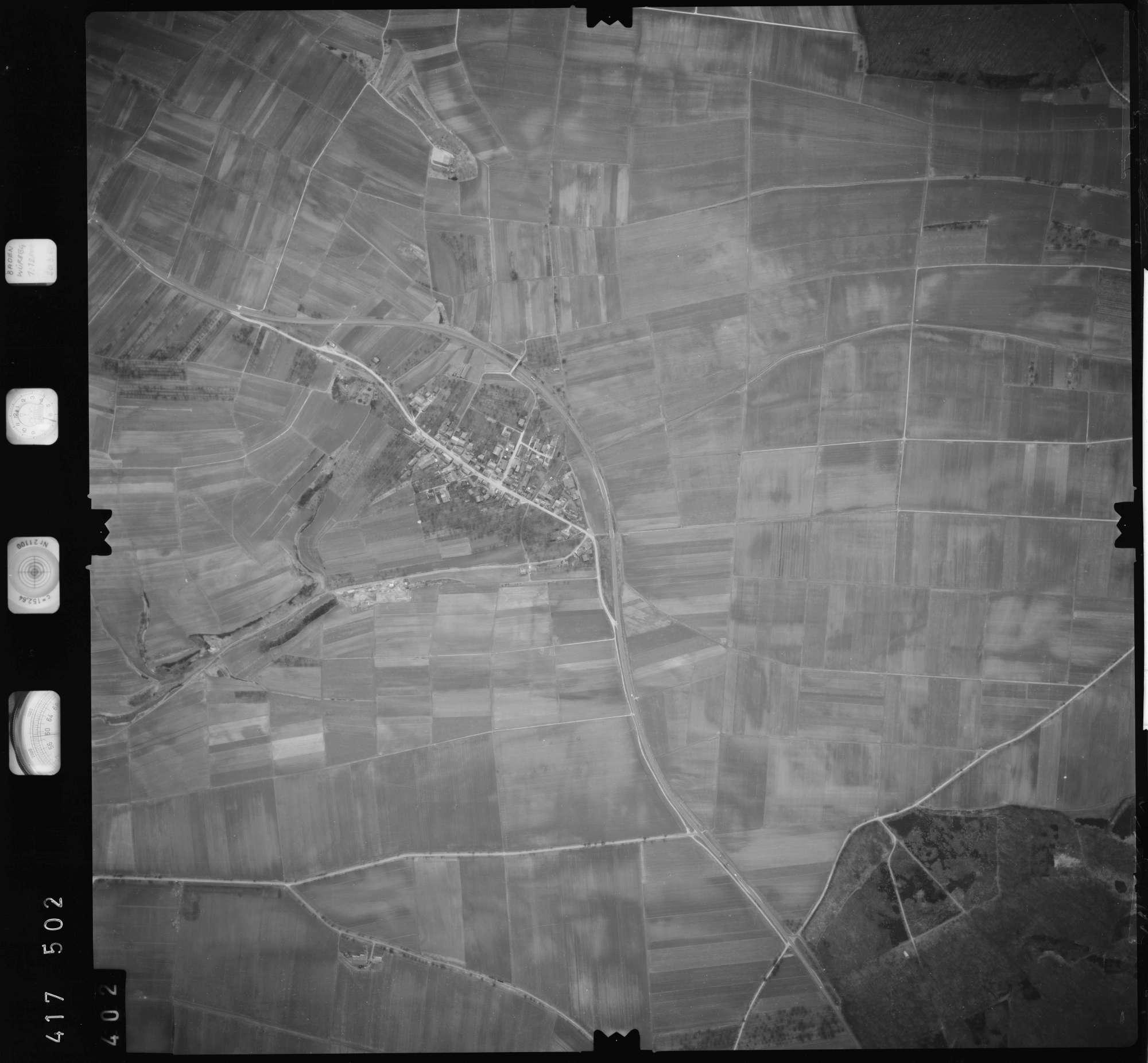 Luftbild: Film 2 Bildnr. 402, Bild 1