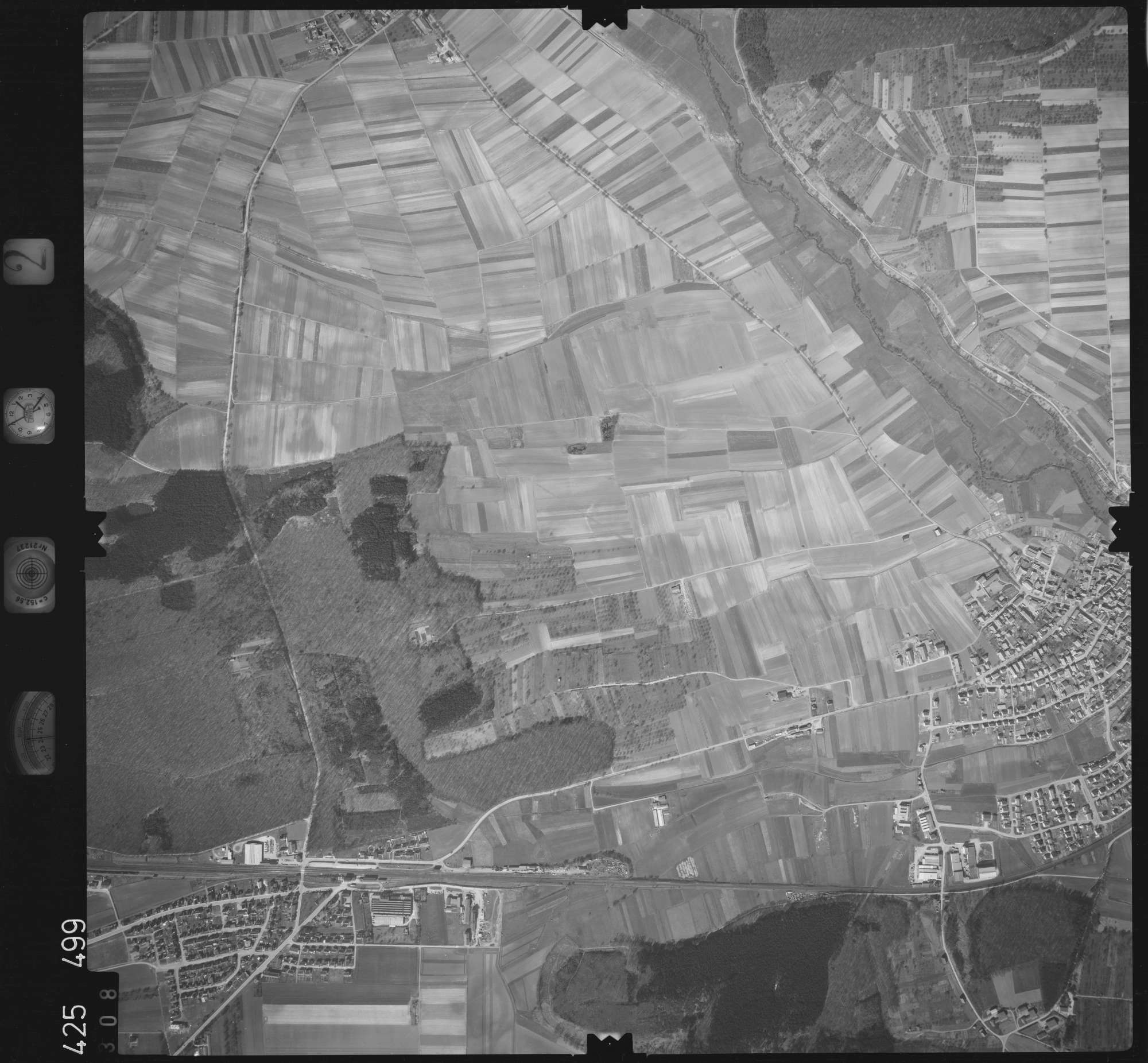 Luftbild: Film 2 Bildnr. 308, Bild 1
