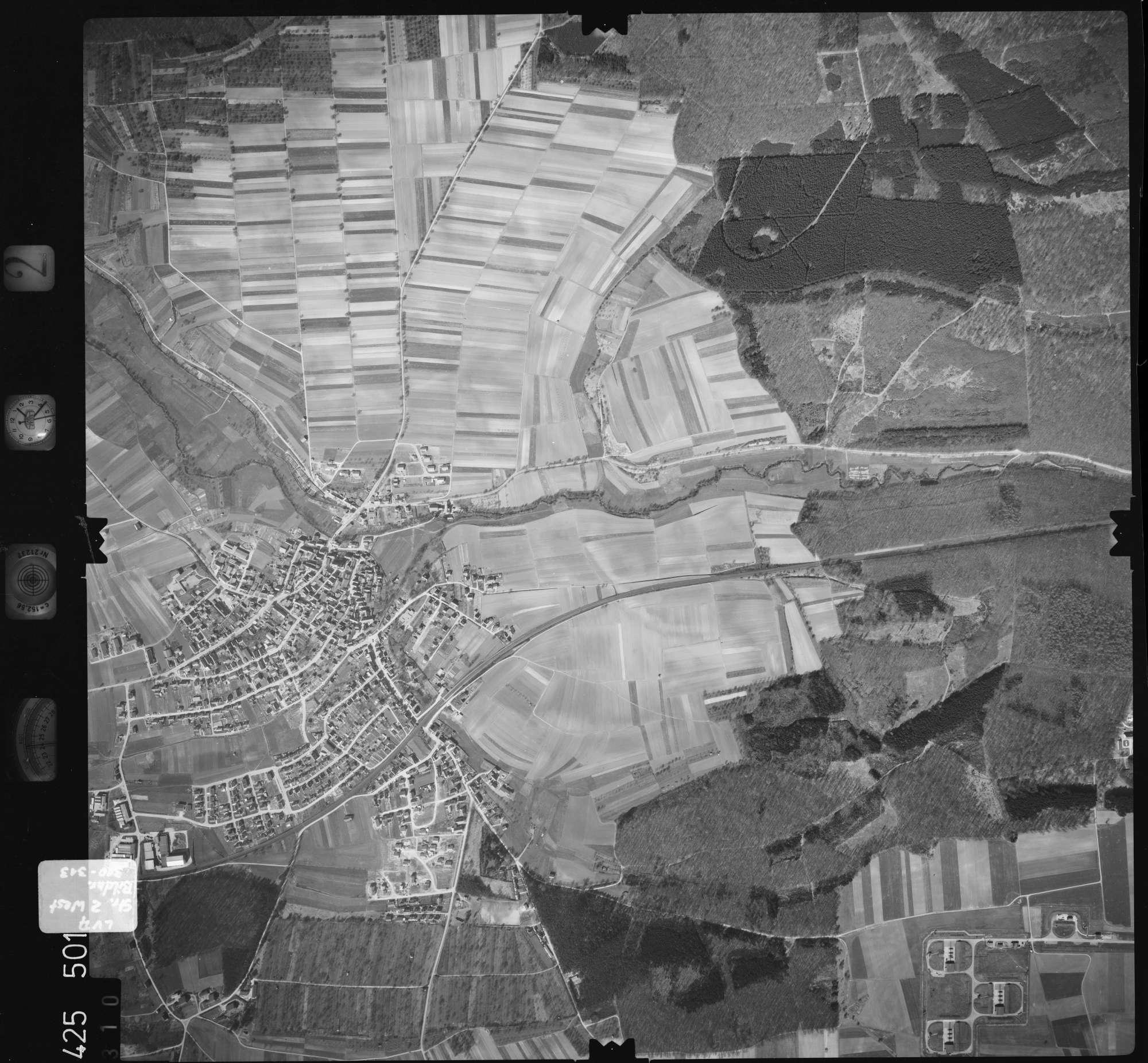 Luftbild: Film 2 Bildnr. 310, Bild 1