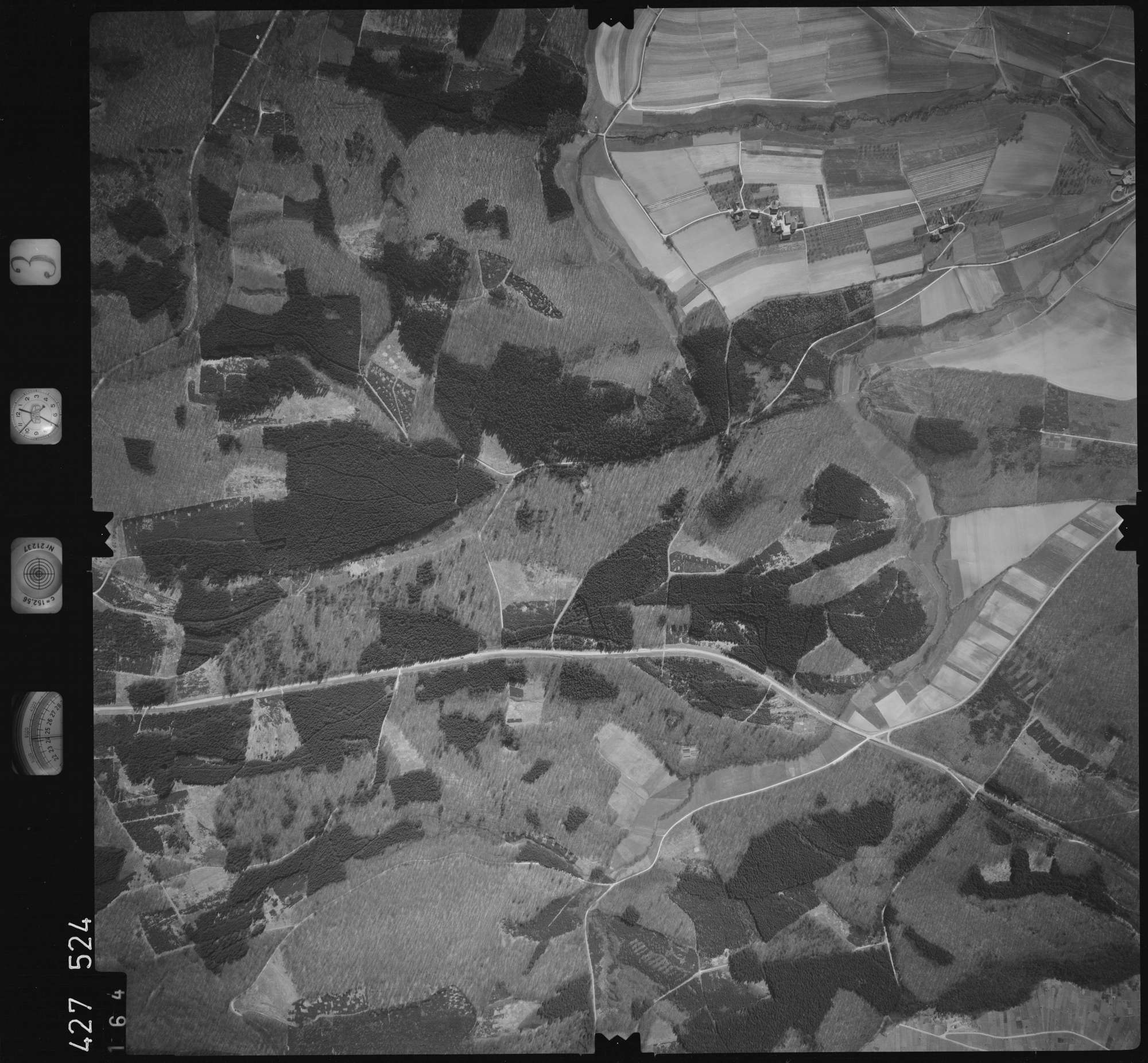 Luftbild: Film 3 Bildnr. 164, Bild 1