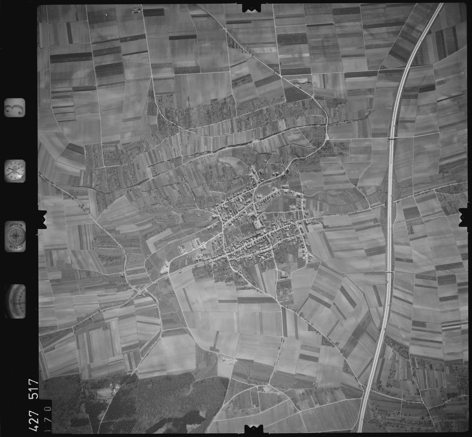 Luftbild: Film 3 Bildnr. 170, Bild 1
