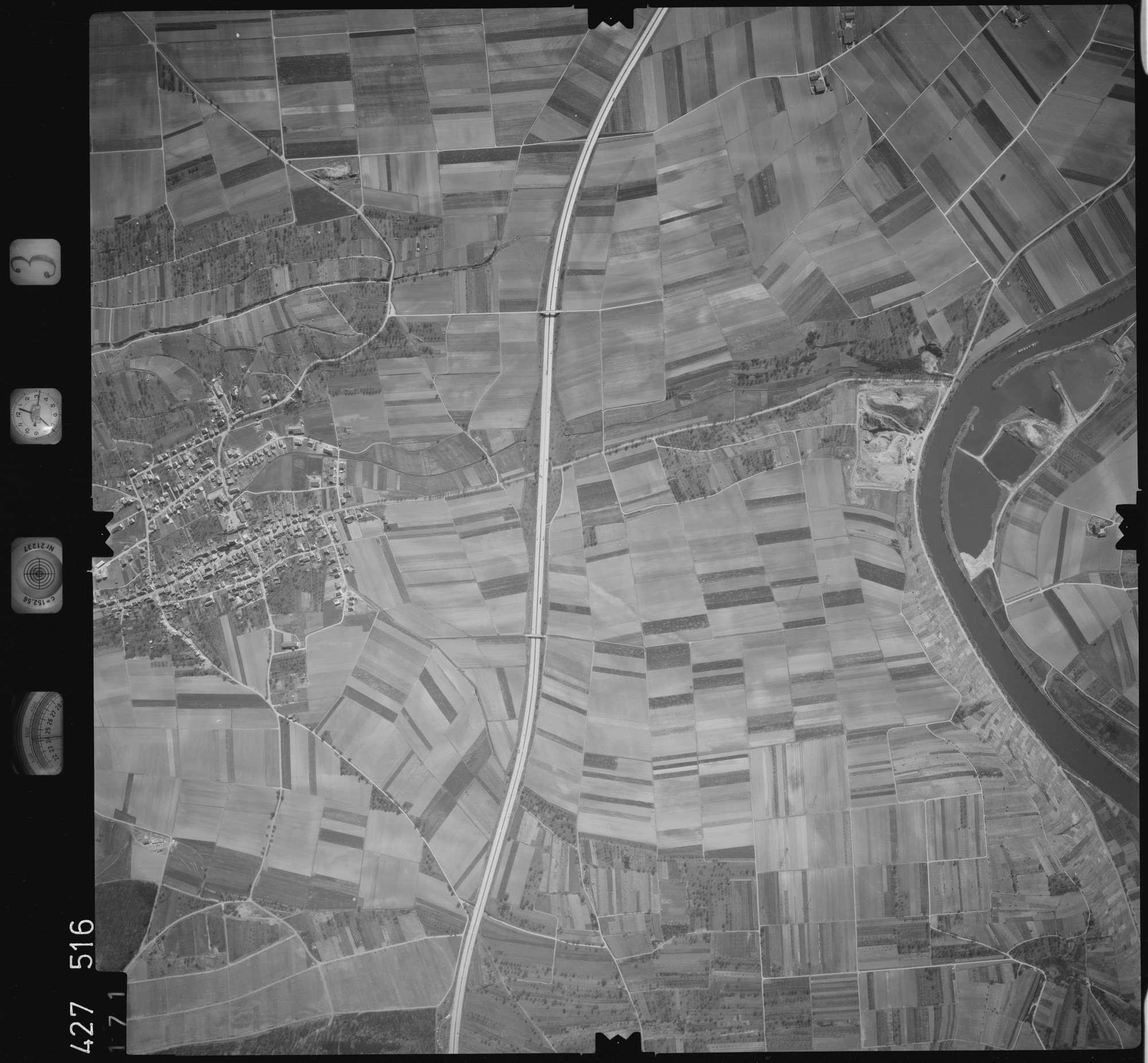 Luftbild: Film 3 Bildnr. 171, Bild 1