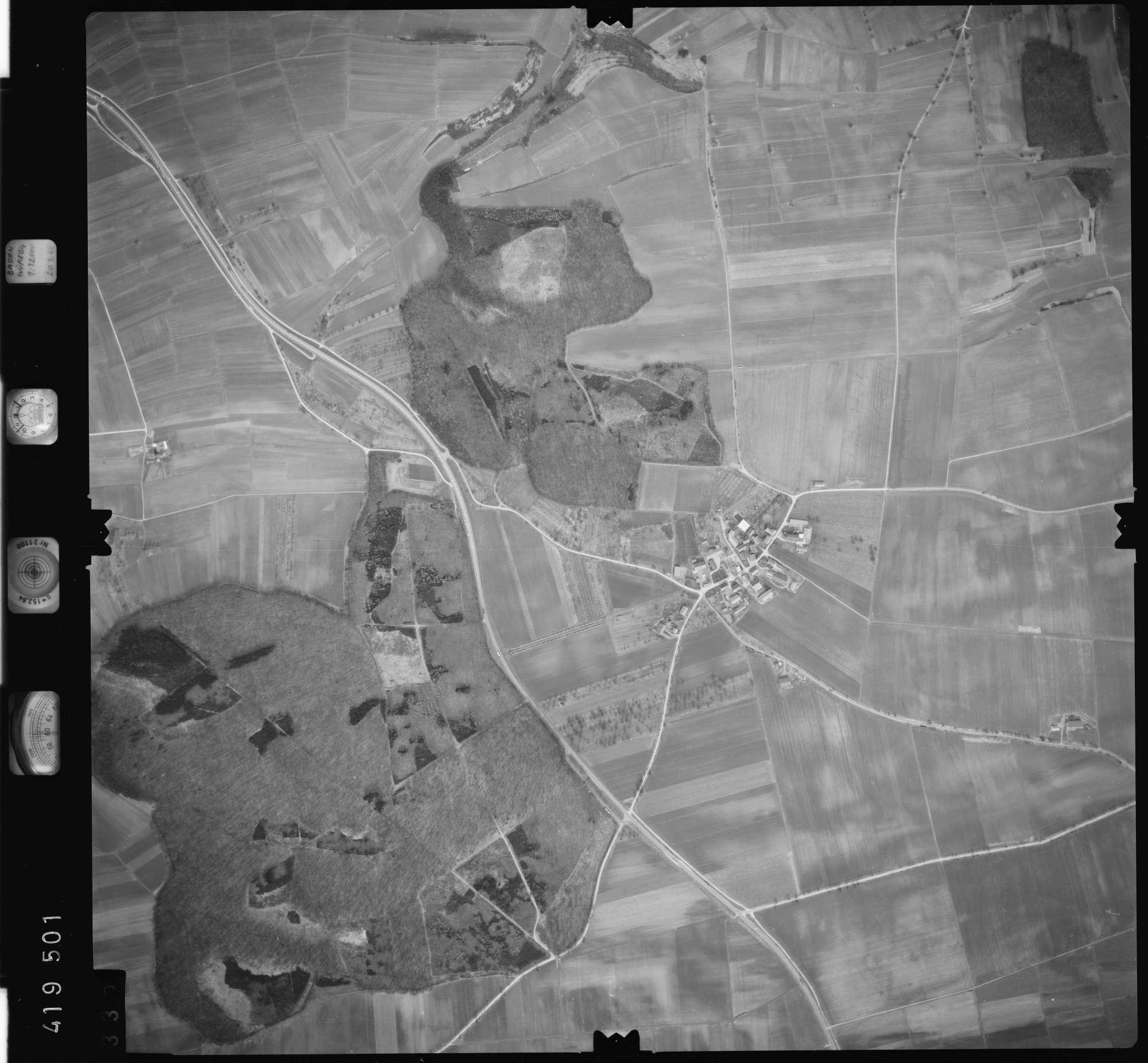 Luftbild: Film 2 Bildnr. 335, Bild 1