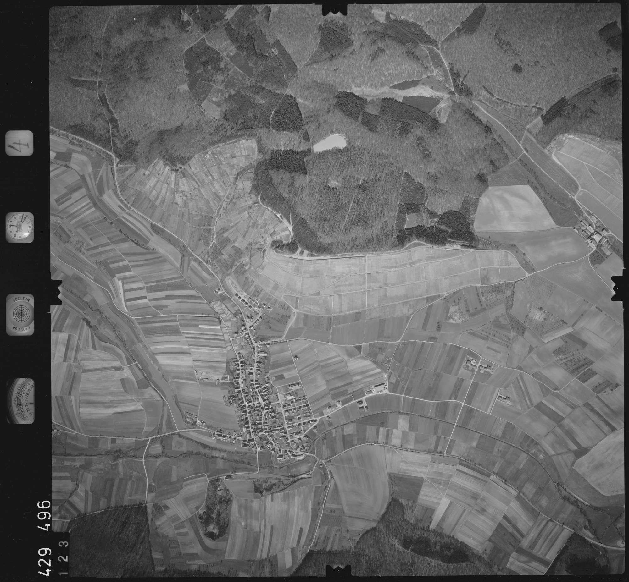 Luftbild: Film 4 Bildnr. 123, Bild 1