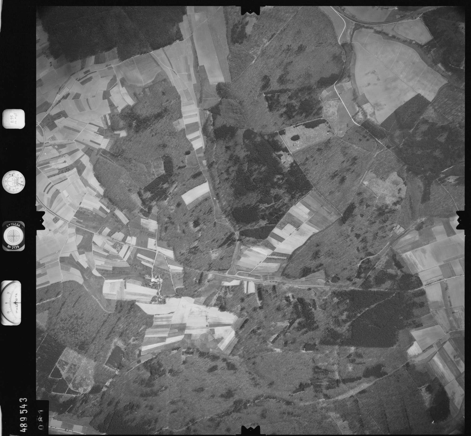 Luftbild: Film 895 Bildnr. 81, Bild 1