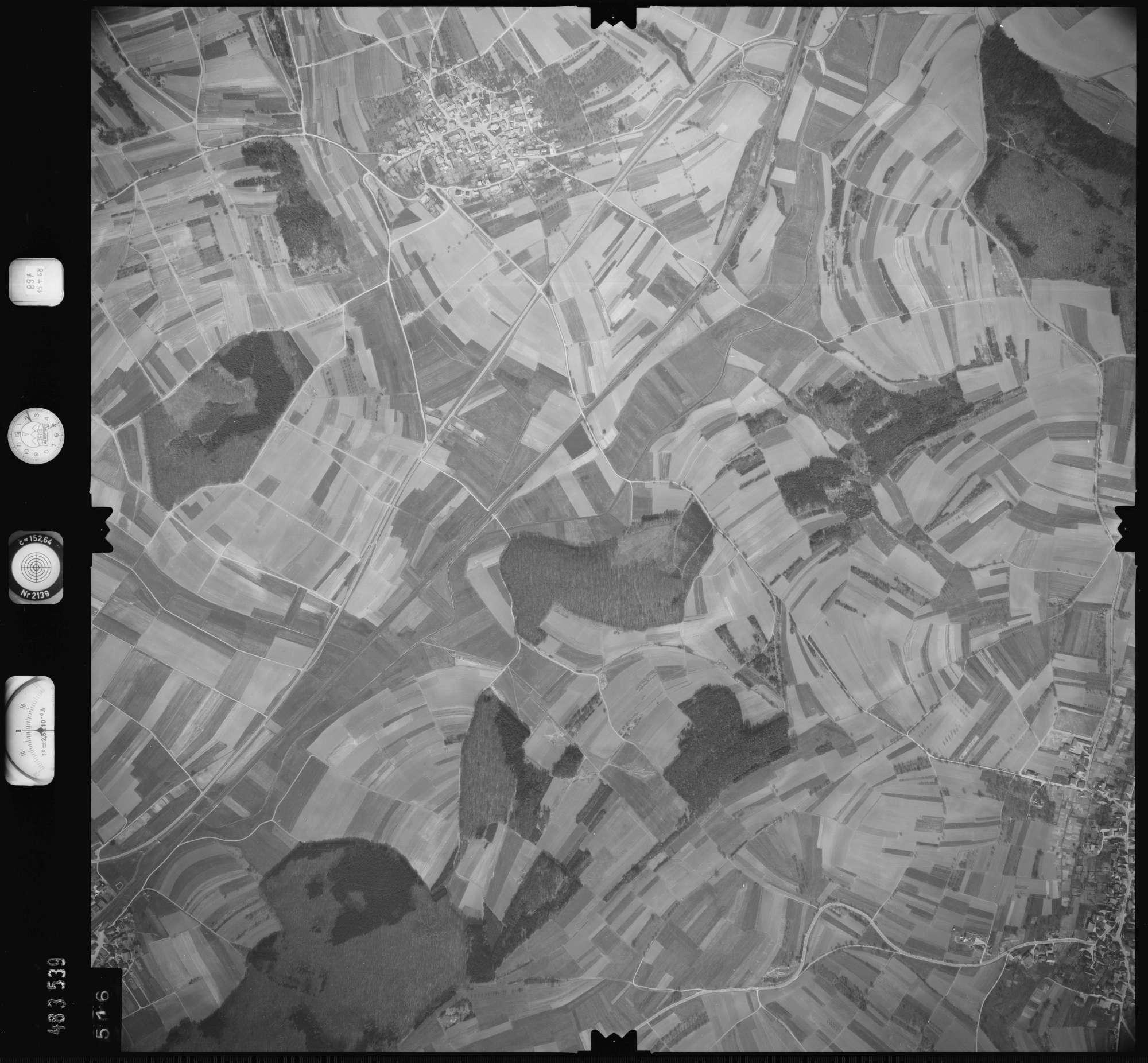 Luftbild: Film 897 Bildnr. 516, Bild 1