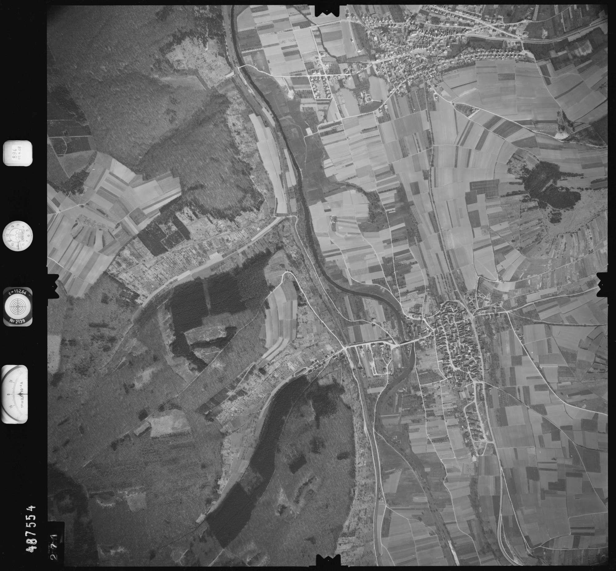 Luftbild: Film 896 Bildnr. 271, Bild 1