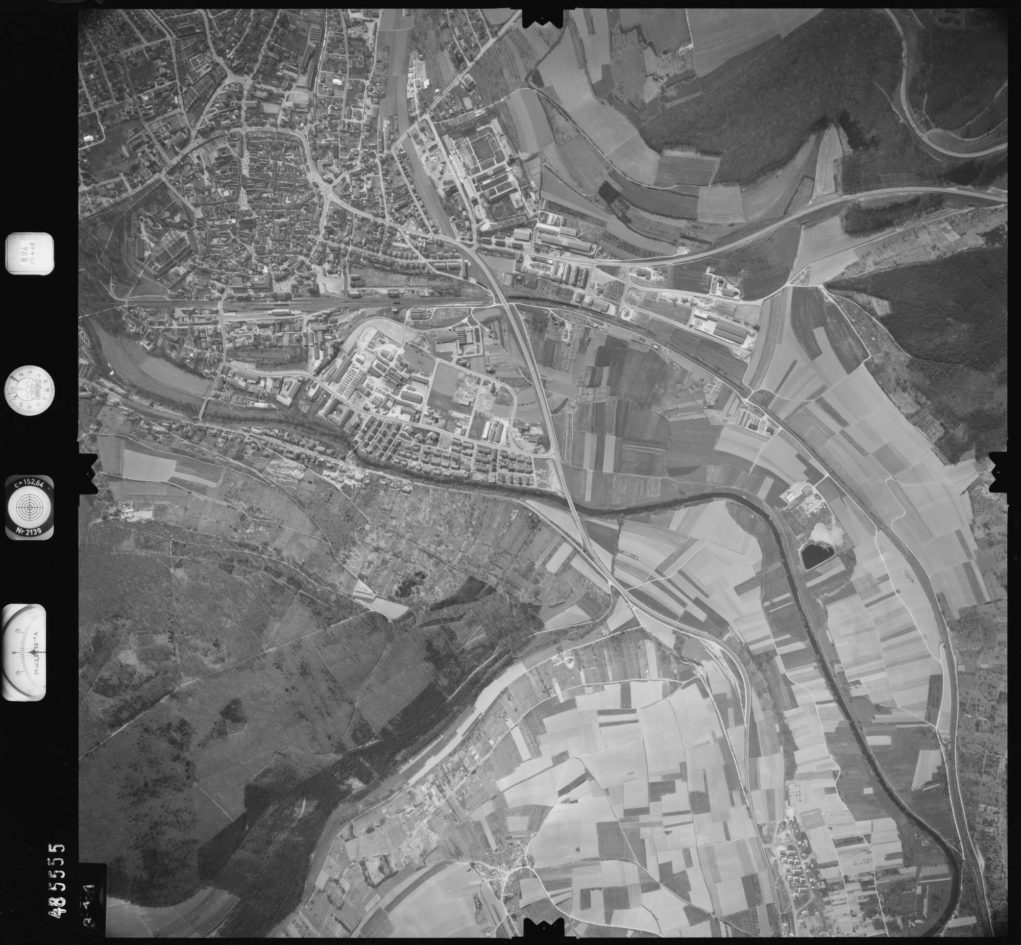 Luftbild: Film 896 Bildnr. 311, Bild 1