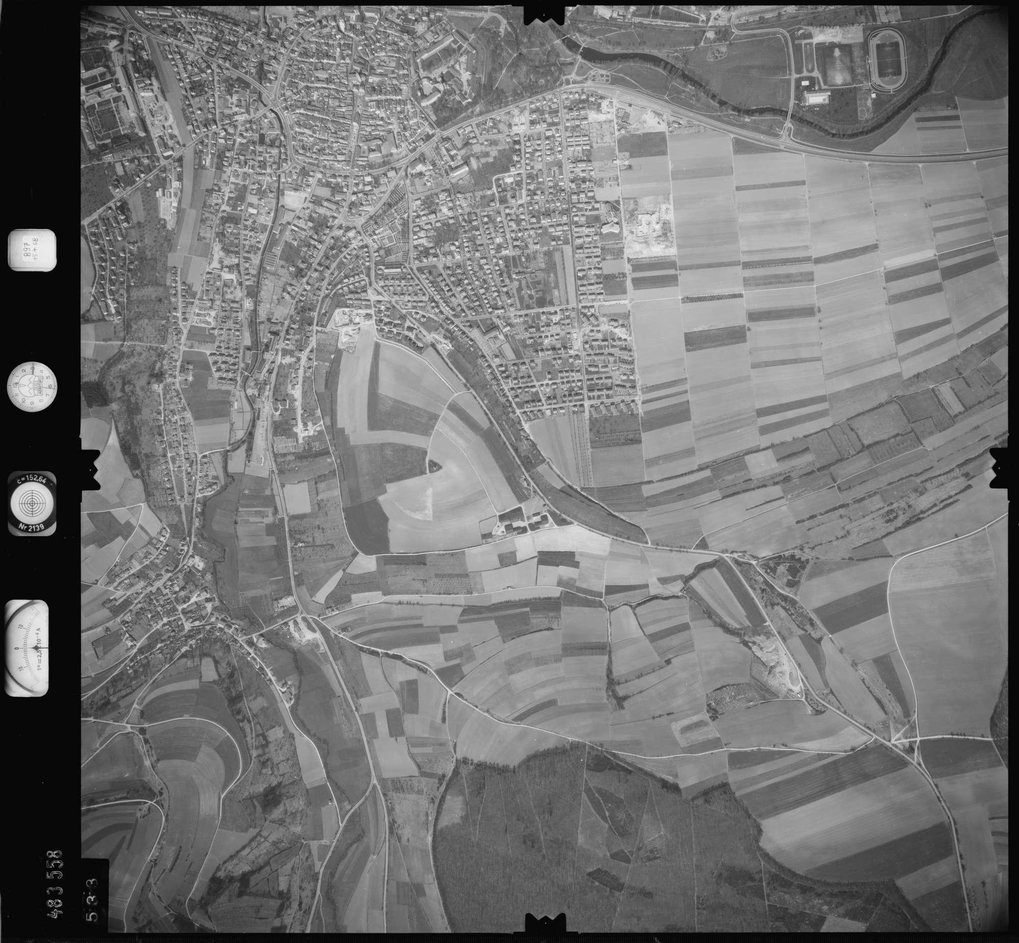 Luftbild: Film 897 Bildnr. 533, Bild 1
