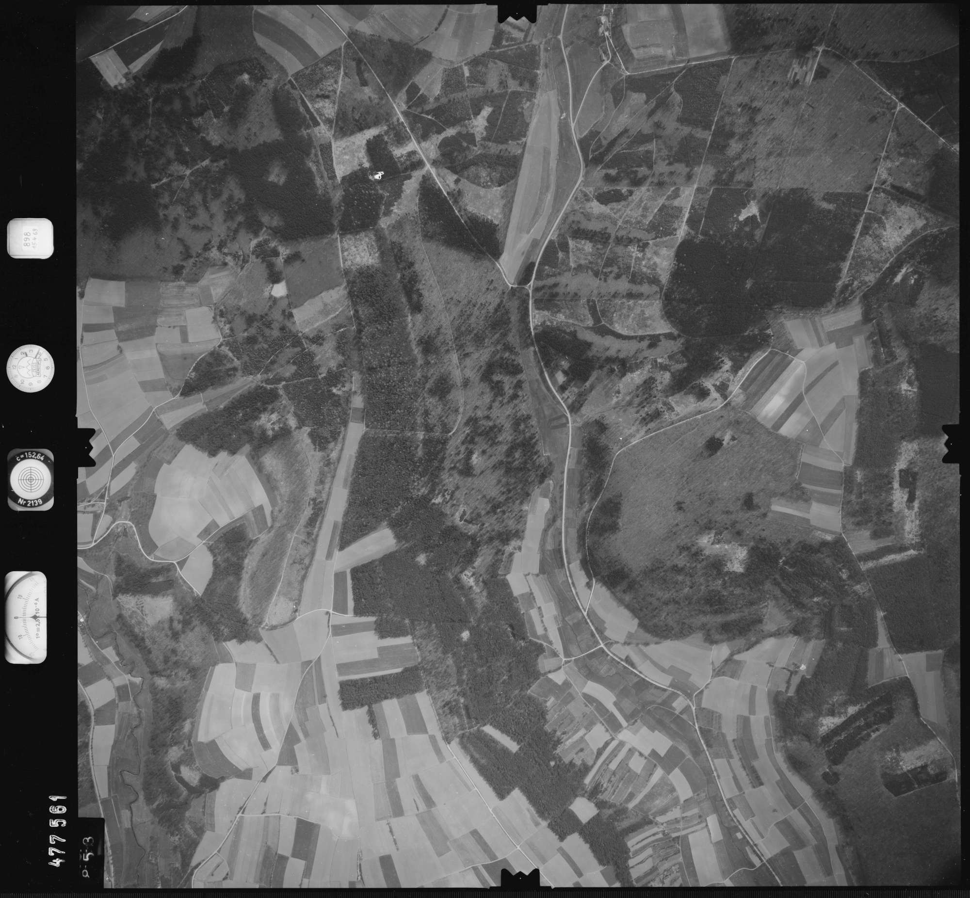 Luftbild: Film 898 Bildnr. 853, Bild 1