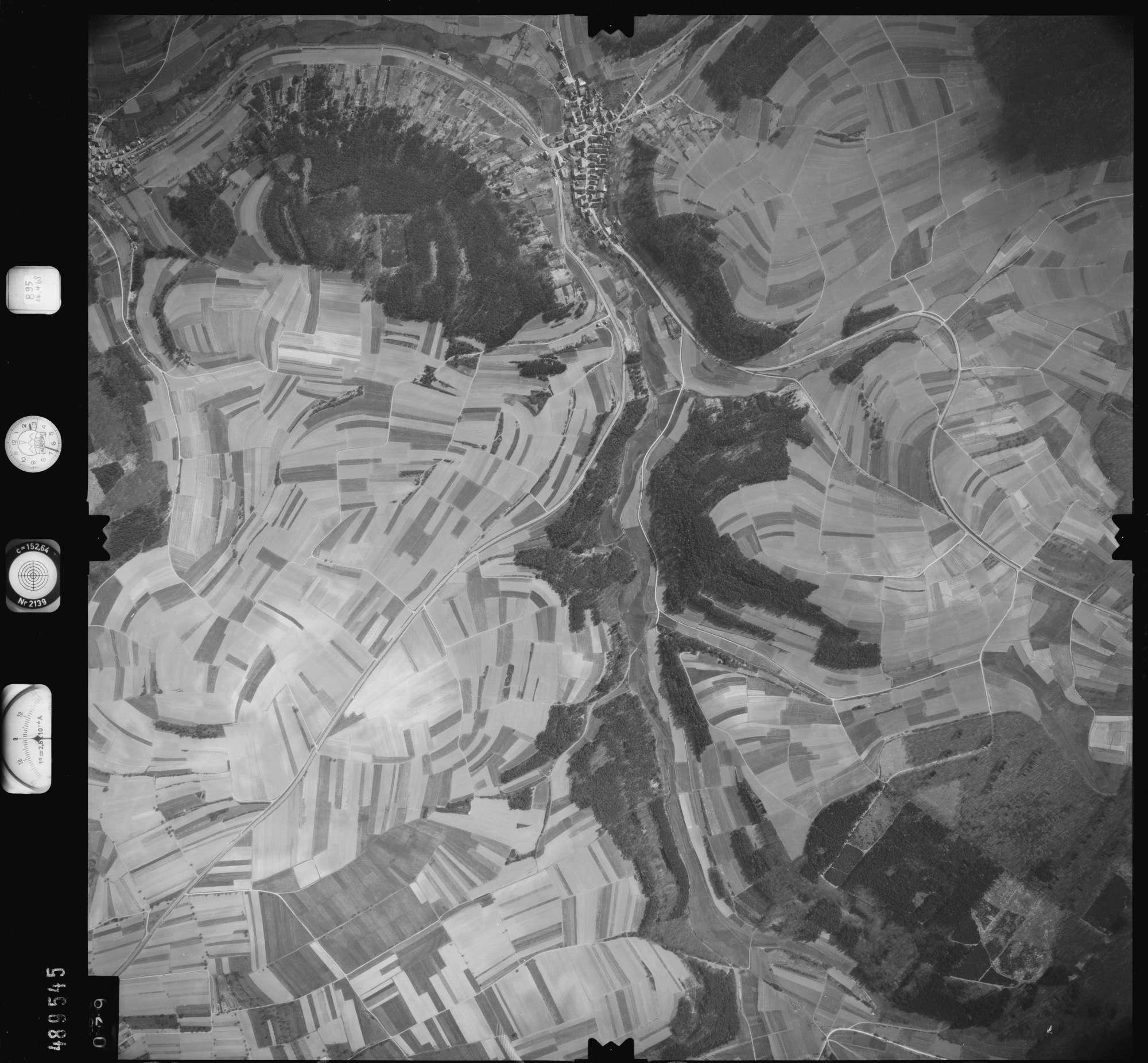 Luftbild: Film 895 Bildnr. 79, Bild 1