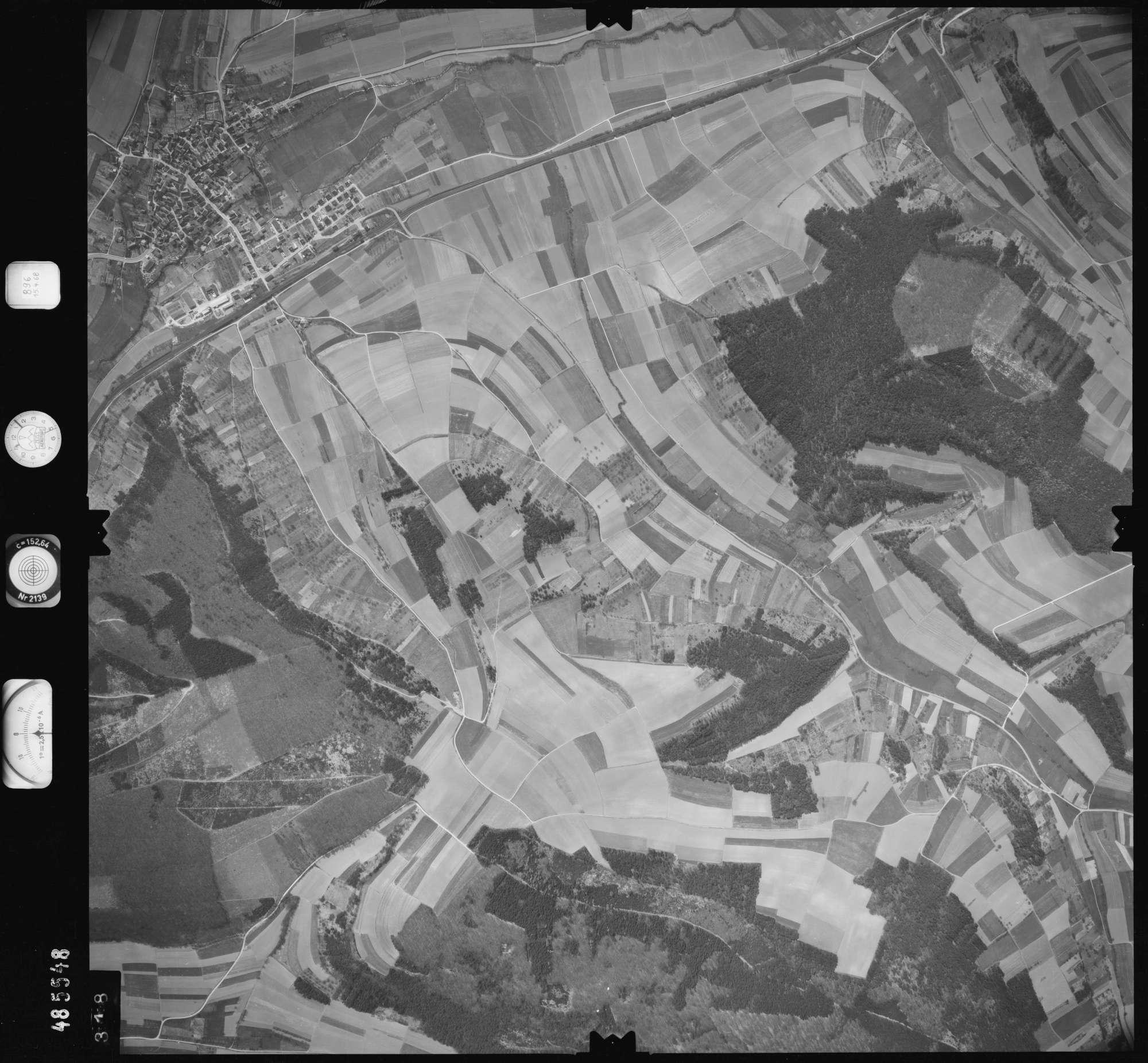 Luftbild: Film 896 Bildnr. 318, Bild 1