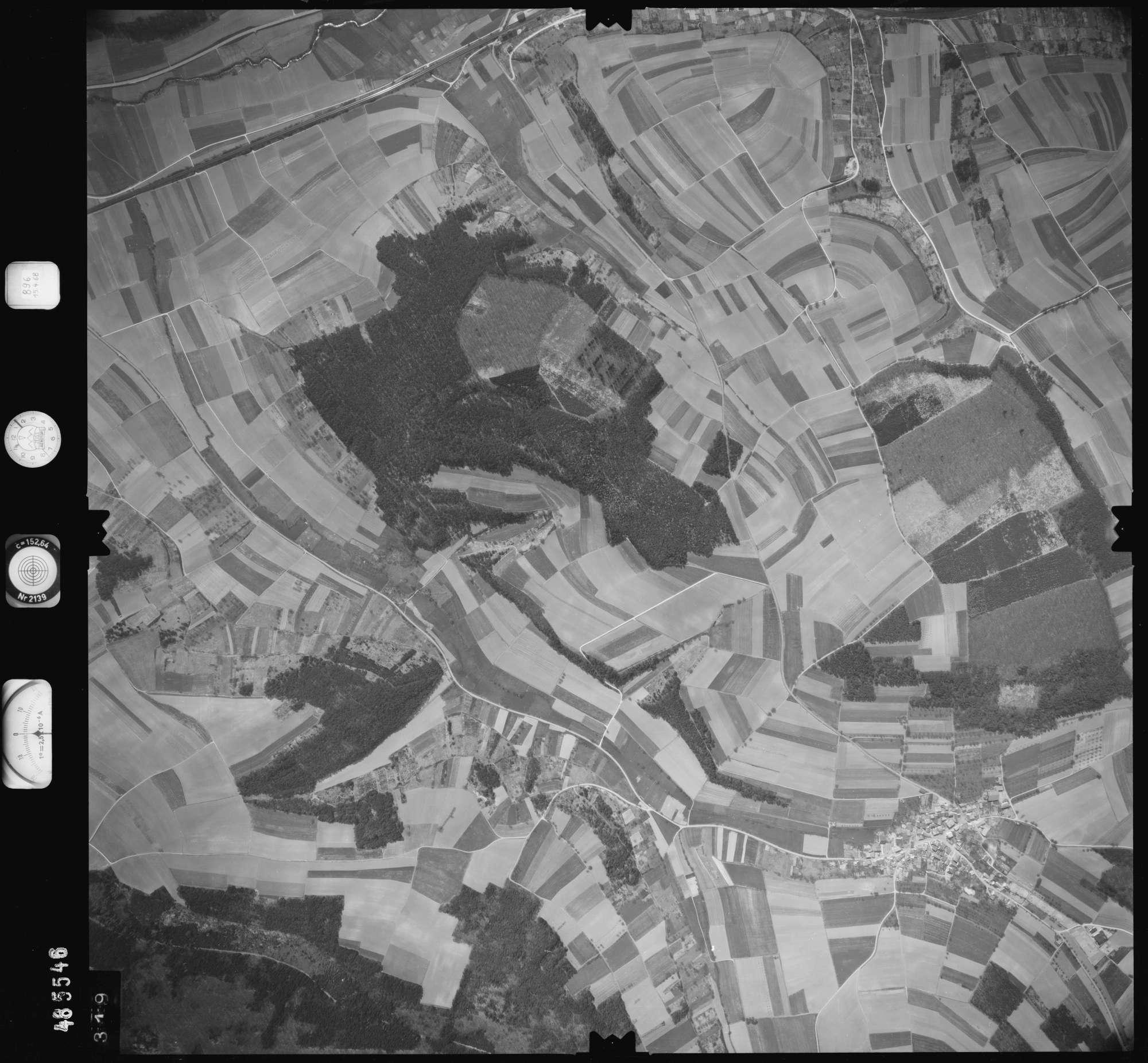 Luftbild: Film 896 Bildnr. 319, Bild 1