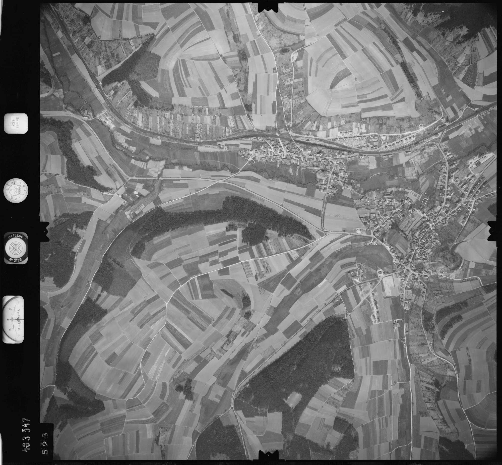 Luftbild: Film 897 Bildnr. 523, Bild 1